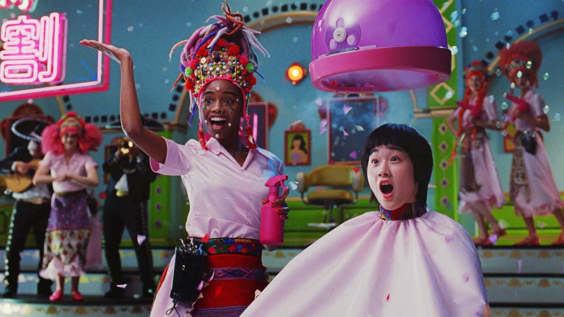 今田美桜がミュージカル風CMで不得意なダンスを披露!?メイキング&インタビュー映像も公開 life190726_imadamio_cm_6-1920x1080