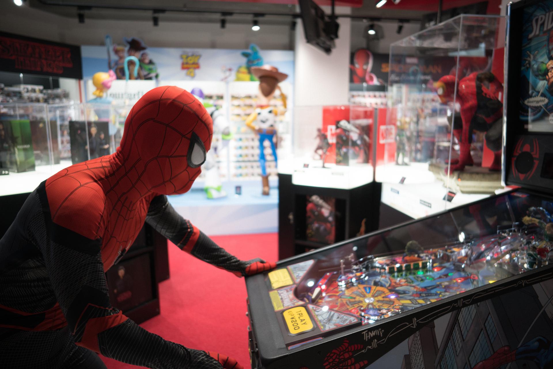 スパイダーマン好きなら目ギラギラ大興奮必至の期間限定ショップ探訪 art-culture-spiderman-store-report-15