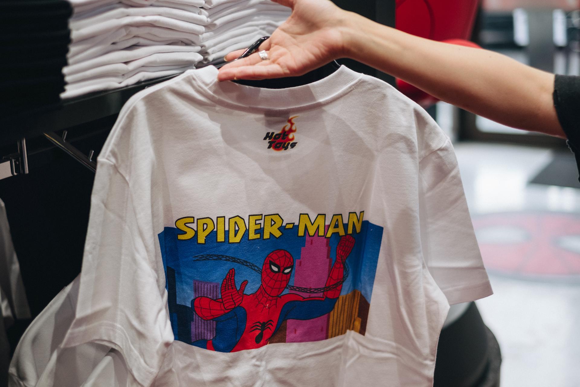 スパイダーマン好きなら目ギラギラ大興奮必至の期間限定ショップ探訪 art-culture-spiderman-store-report-23