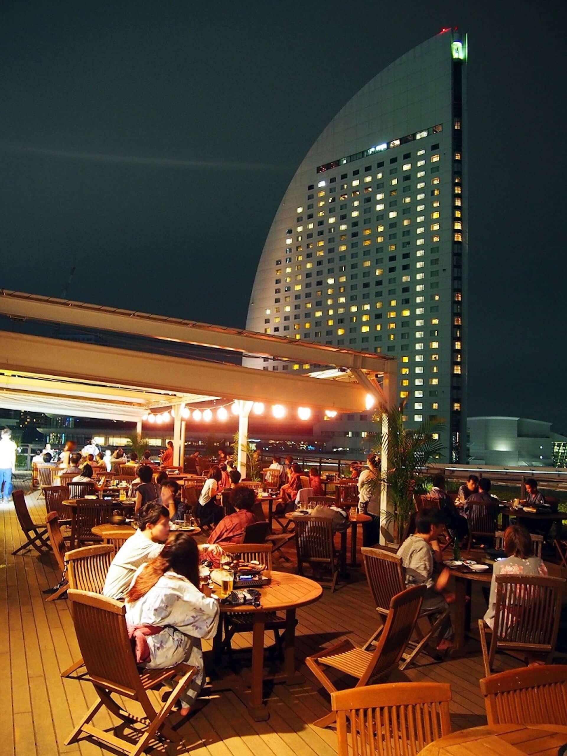 ビアガーデンと温泉を一緒に楽しもう!横浜港を臨むBBQビアガーデンが現在開催中! lifefashion190725beergarden_3-1920x2560