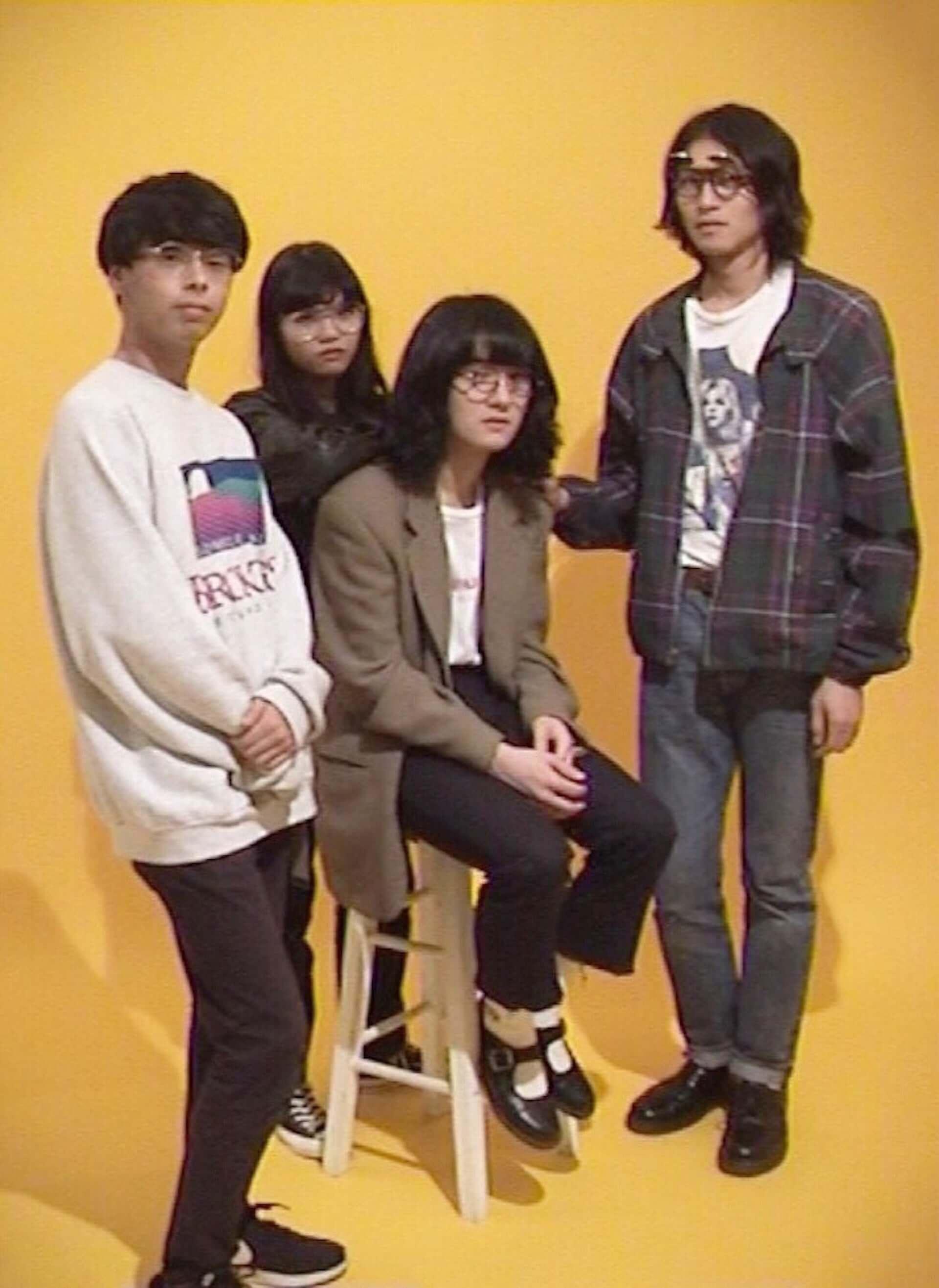 海外からも注目のバンドNo Buses、1stアルバム『Boys Loved Her』をリリース music190808no-buses_1-1920x2634