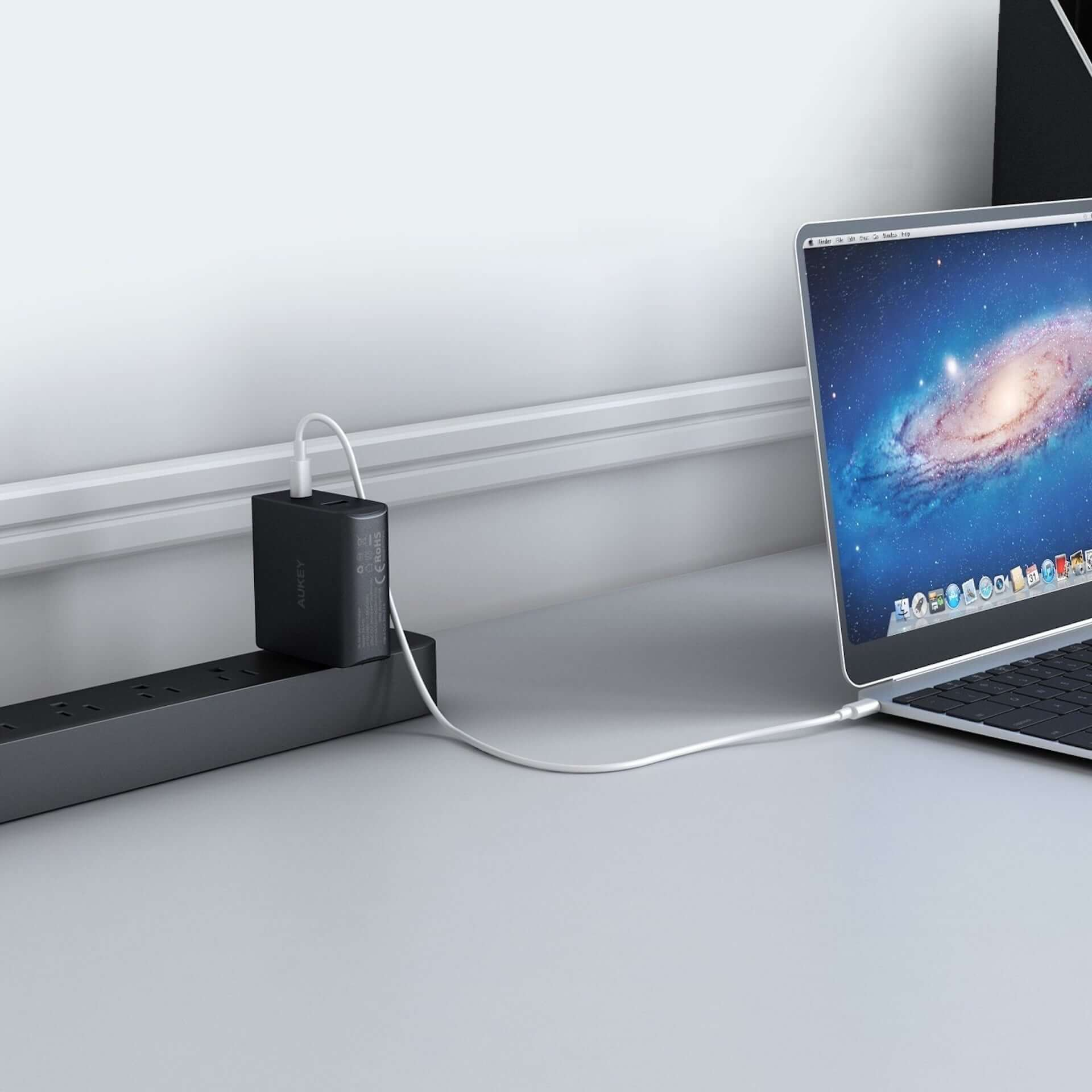 これ一つでスマホもPCも急速充電!AUKEY、USB-CとUSB-Aに対応する充電器「PA-Y10」が20%オフで販売 technology190815aukey-ac_2-1920x1920