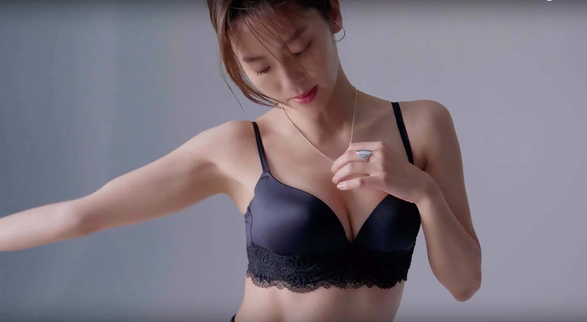 中村アン、100秒間で1枚以上売れたブラで美乳を披露 PEACH JOHN「やせ見えする方法」スペシャルムービー公開 lf190828nakamura-anne_3-1920x1053