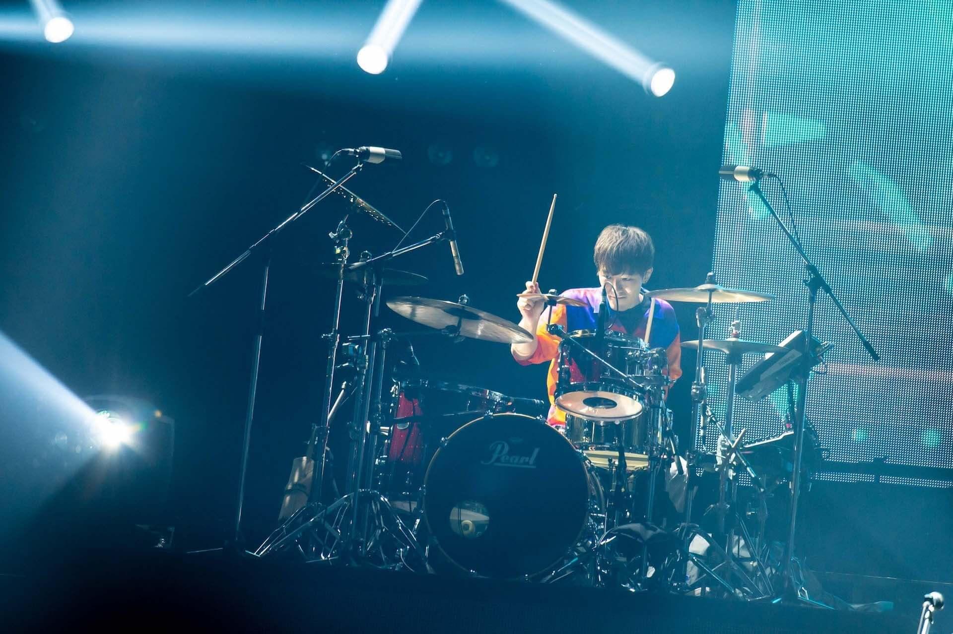 RADWIMPS横浜アリーナ公演のライブ写真が公開!<ANTI ANTI GENERATION TOUR 2019>レポート music190830_radwimps_live_19-1920x1278