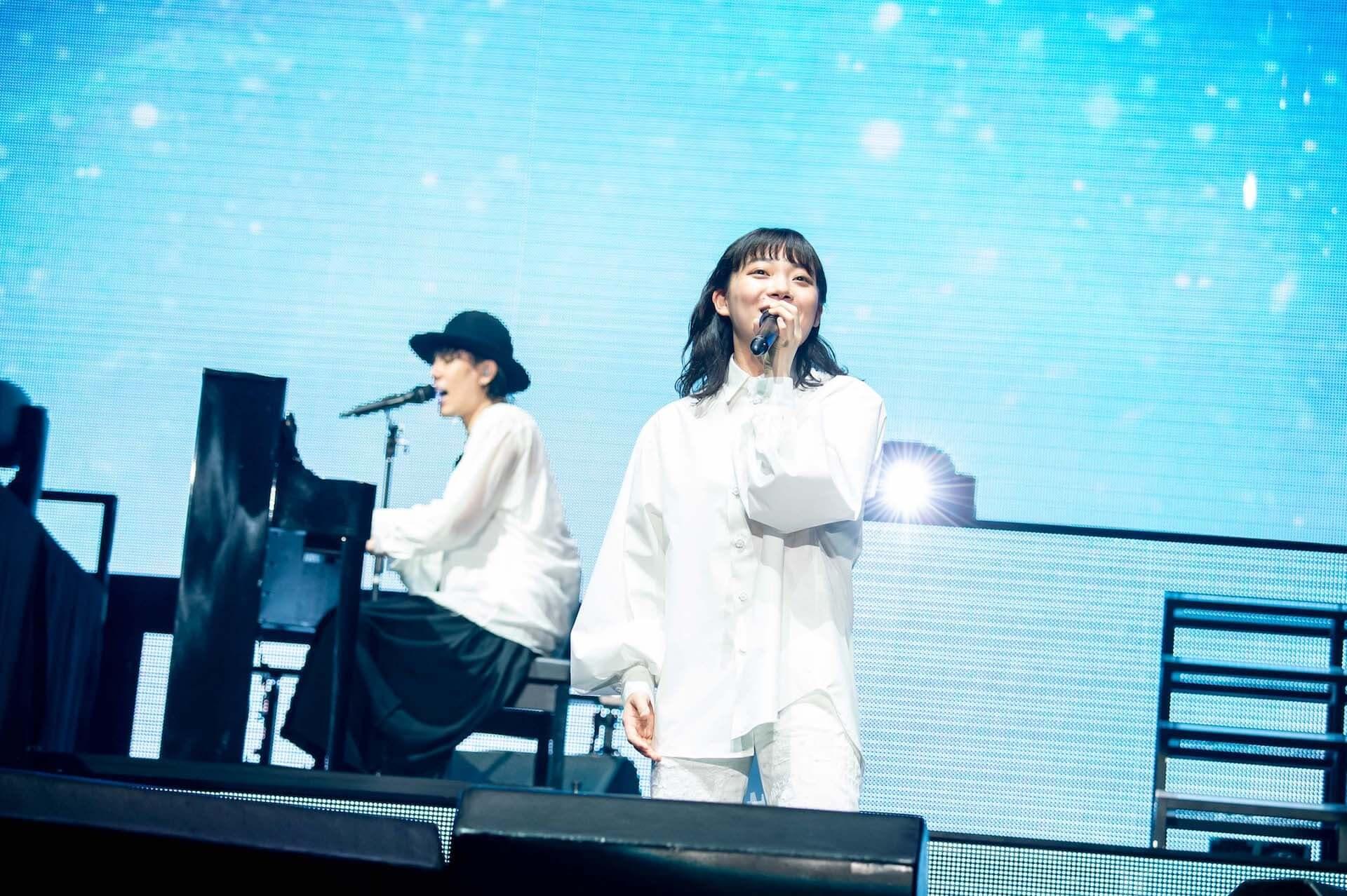 RADWIMPS横浜アリーナ公演のライブ写真が公開!<ANTI ANTI GENERATION TOUR 2019>レポート music190830_radwimps_live_9-1920x1278