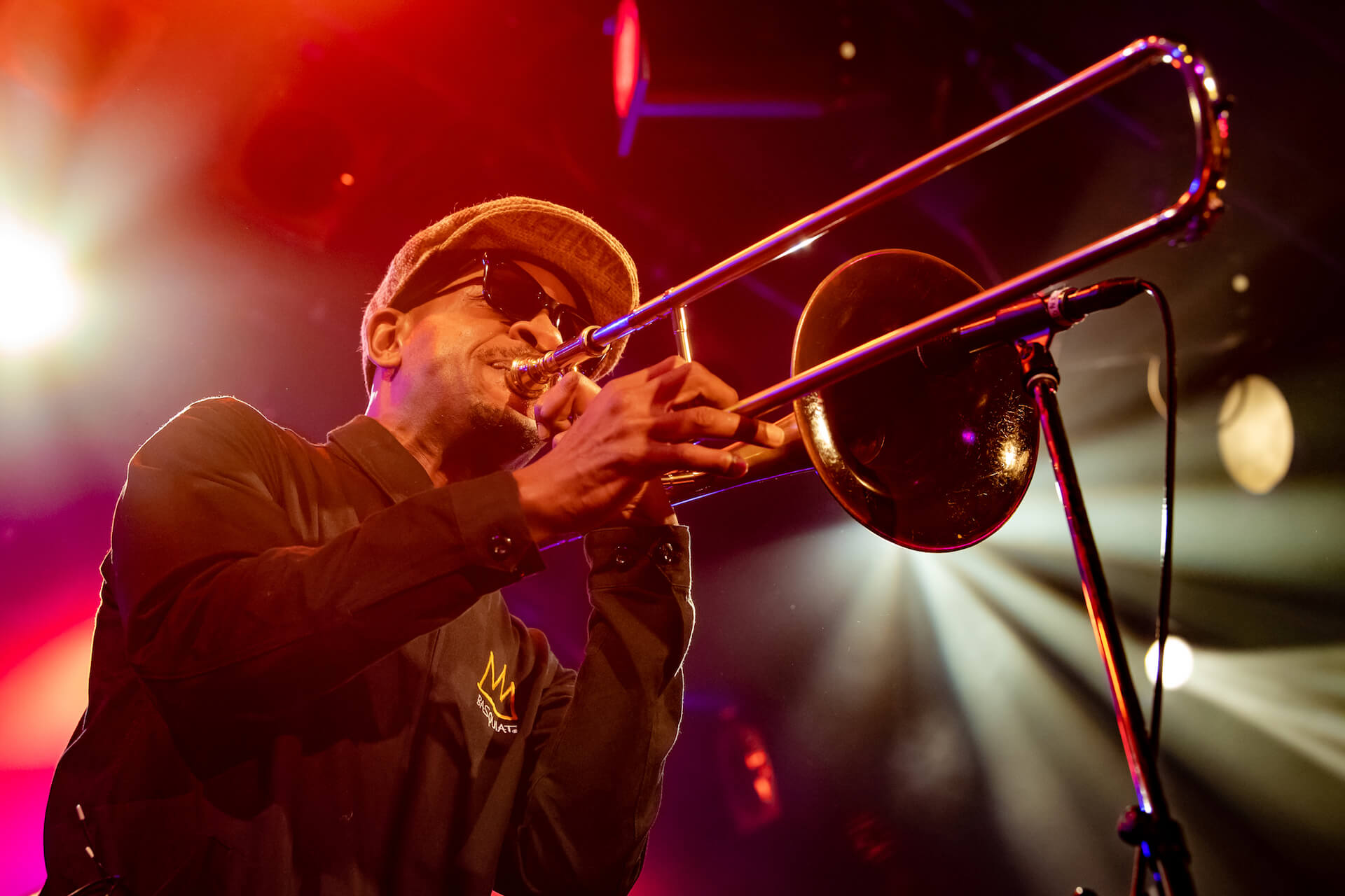 Kamasi Washington ライブレポート|「ブラック・エンターテインメント」の伝統を今に受け継ぐ見事なショウ music190903-kamasiwashington-9