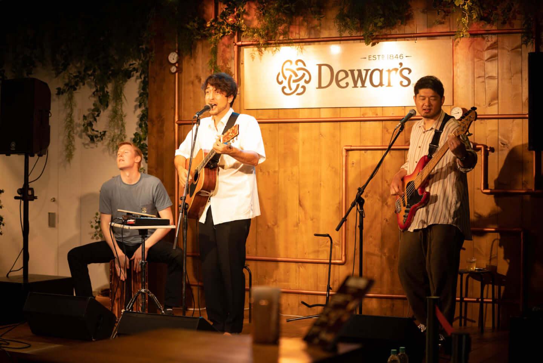 イベントレポート|銀座の真ん中でチルアウトフェス<Dewar's Highball Crossing Festival> music_dewarsreport_5_KrisRoche-1440x961
