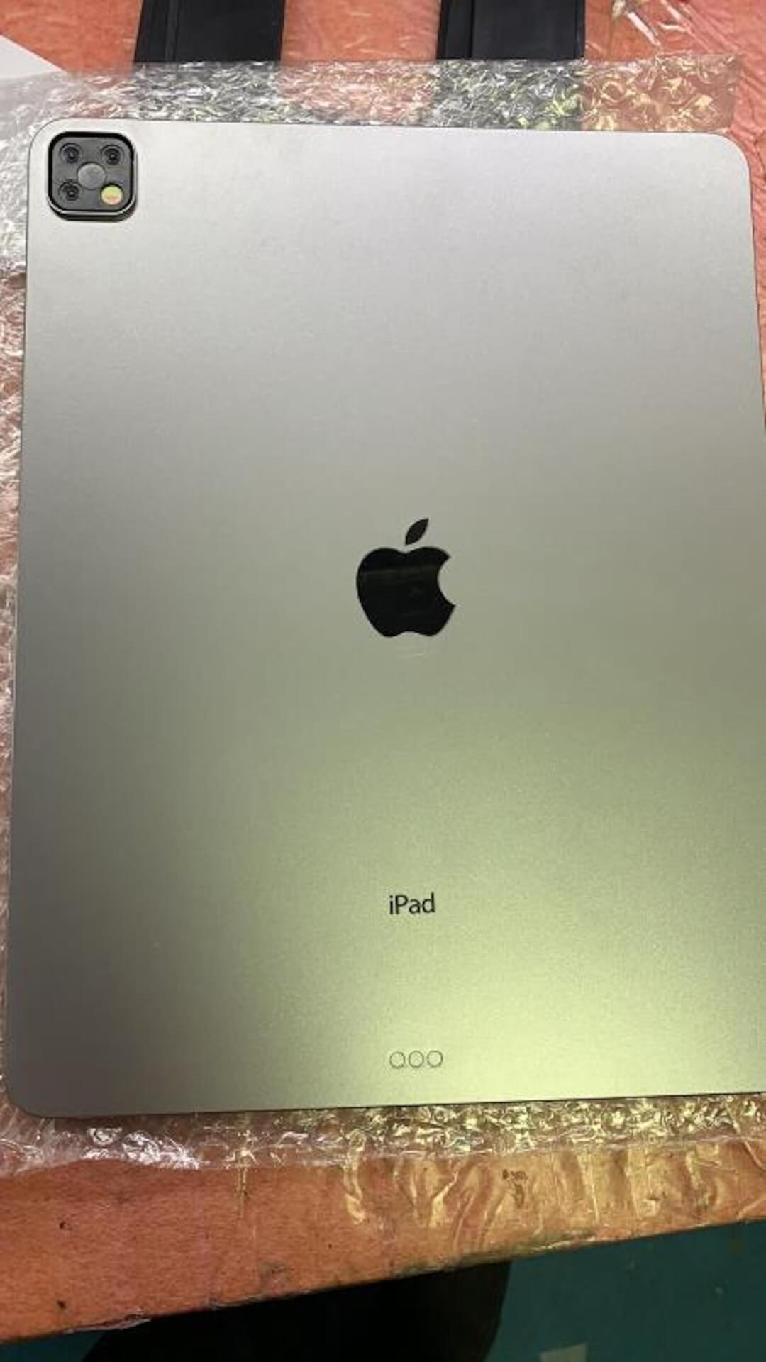 新型iPad Pro、iPhone 11 Proシリーズ同様トリプルカメラ搭載か?モックアップ画像が話題 tech190918_ipadpro_triplecamera_1