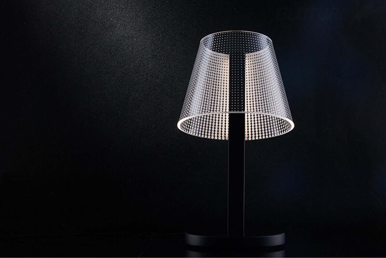 ベッドサイドに最適なランプでスマートフォンのワイヤレス充電が可能|インテリア照明「KONG」の販売が開始 sub6-2-1440x962