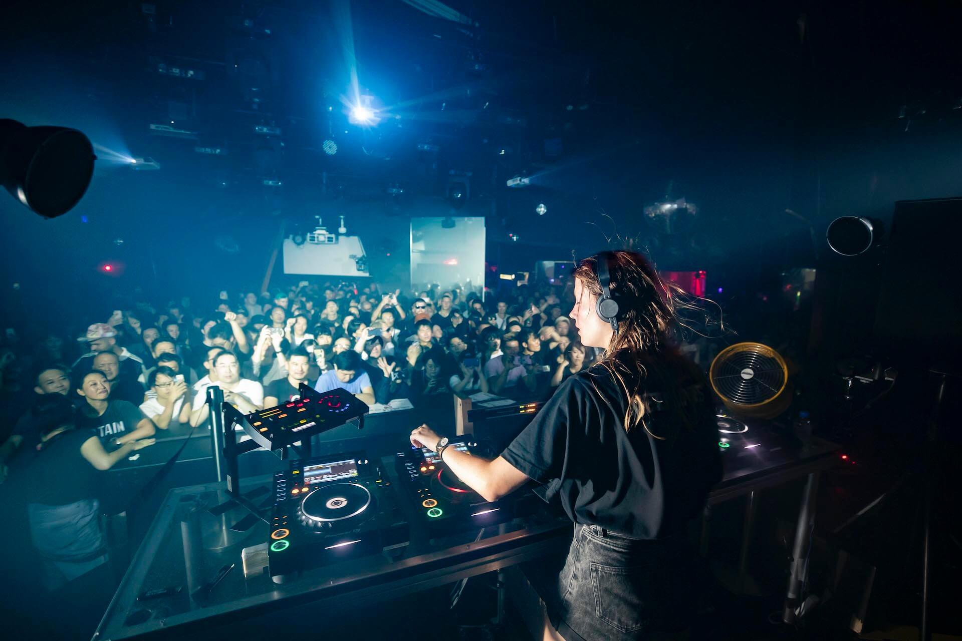ベルギーの女性DJ・Charlotte de Witte×<ALIVE presents REBOOT>が東京のクラブナイトを再び更新する music190920_charlotte_10