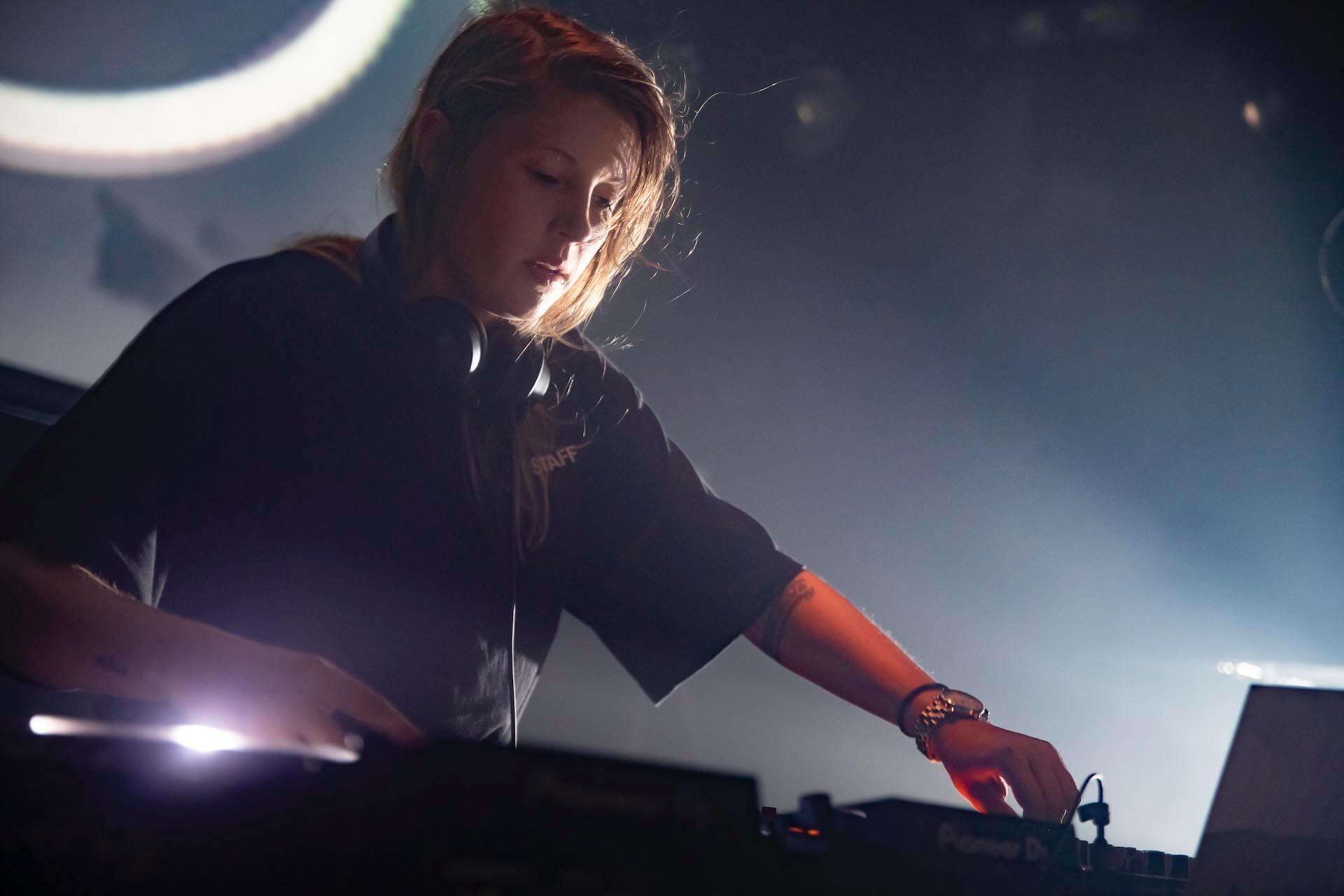 ベルギーの女性DJ・Charlotte de Witte×<ALIVE presents REBOOT>が東京のクラブナイトを再び更新する music190920_charlotte_12