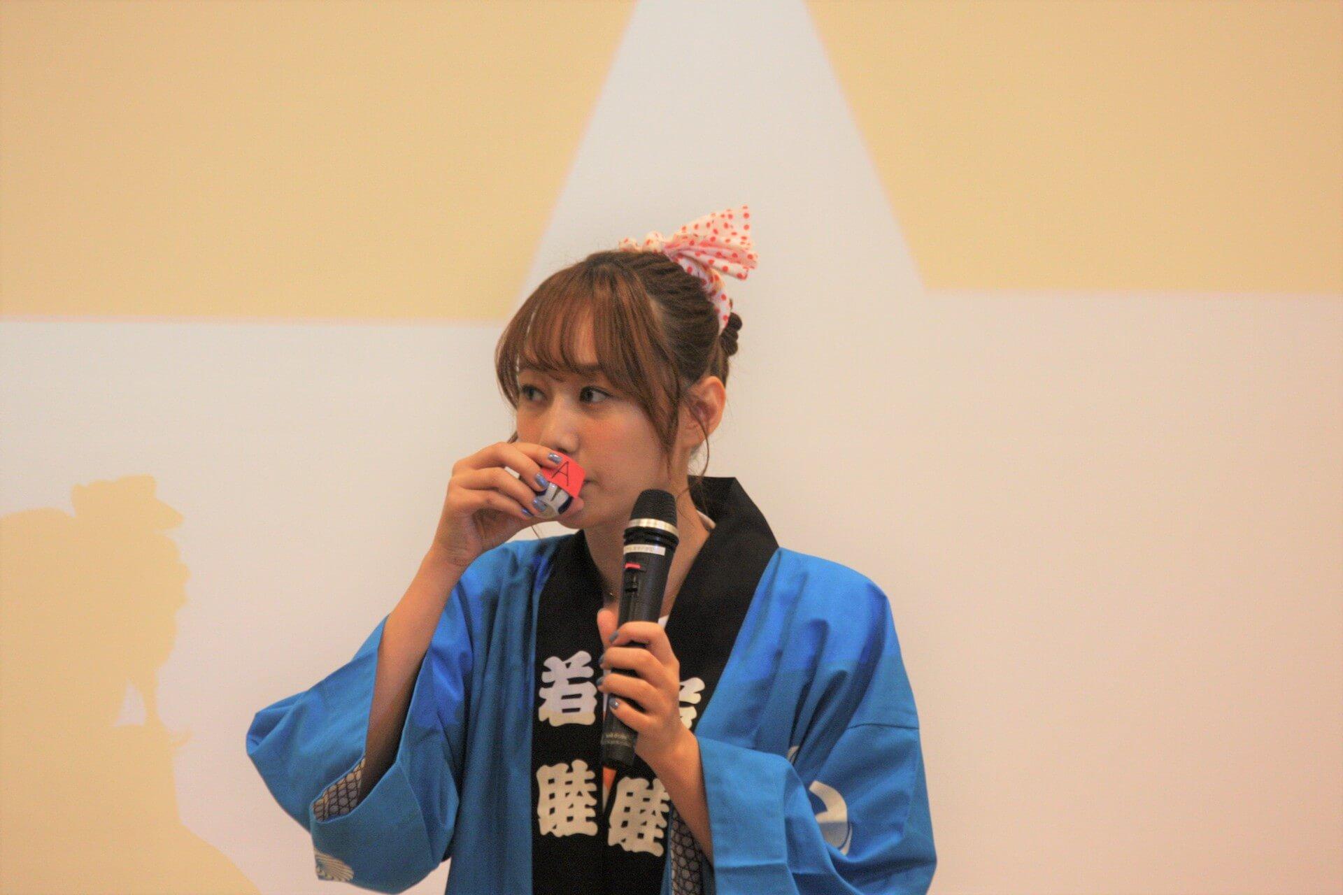 高田秋、初の単独イベントで日本酒がぶ飲み! lf190924takada-shu_4