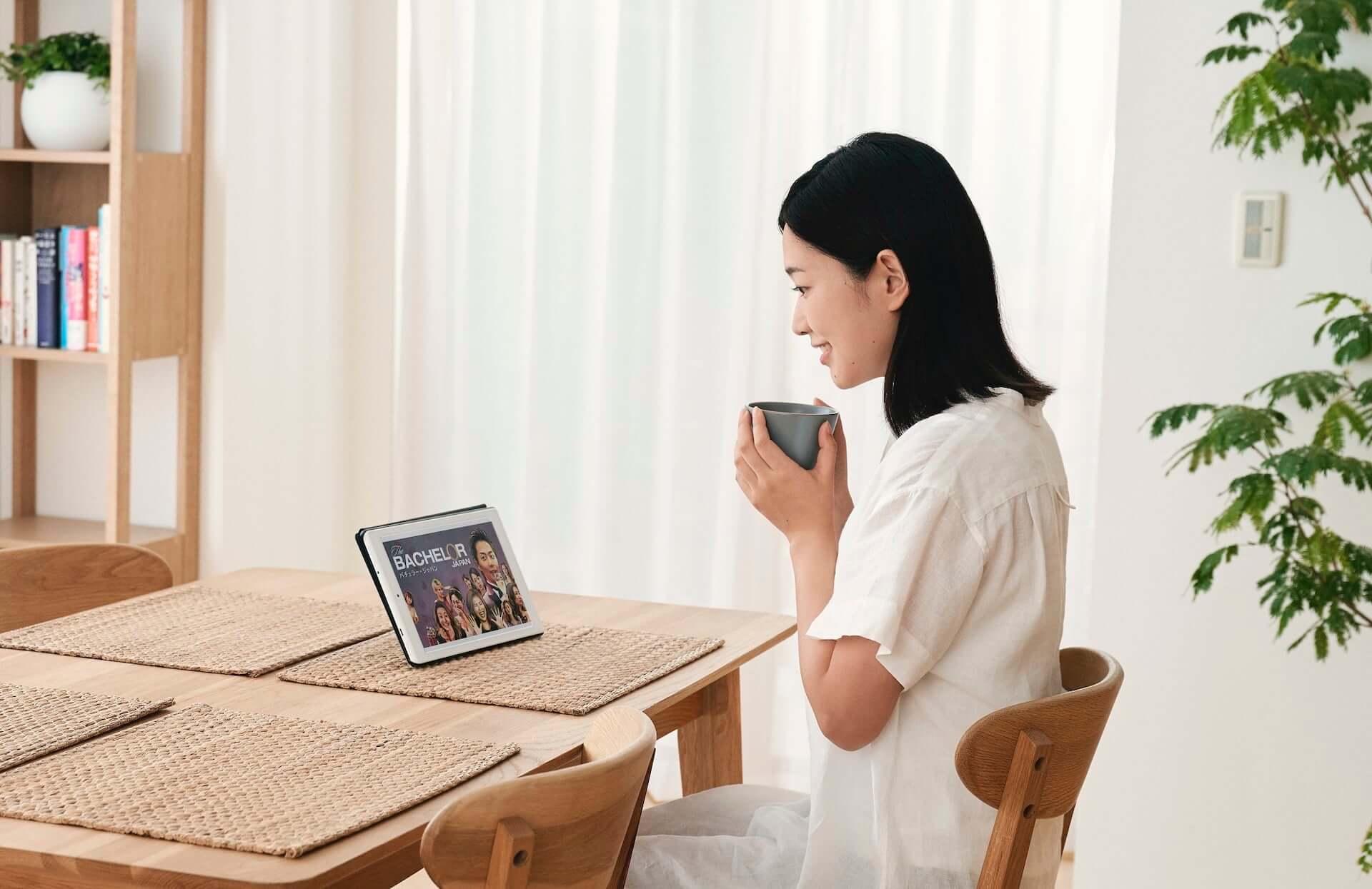 Amazon、大画面10.1インチ、USB Type-C搭載の「Fire HD 10 タブレット」が新登場! tech191008fire-hd-10_08-1920x1245