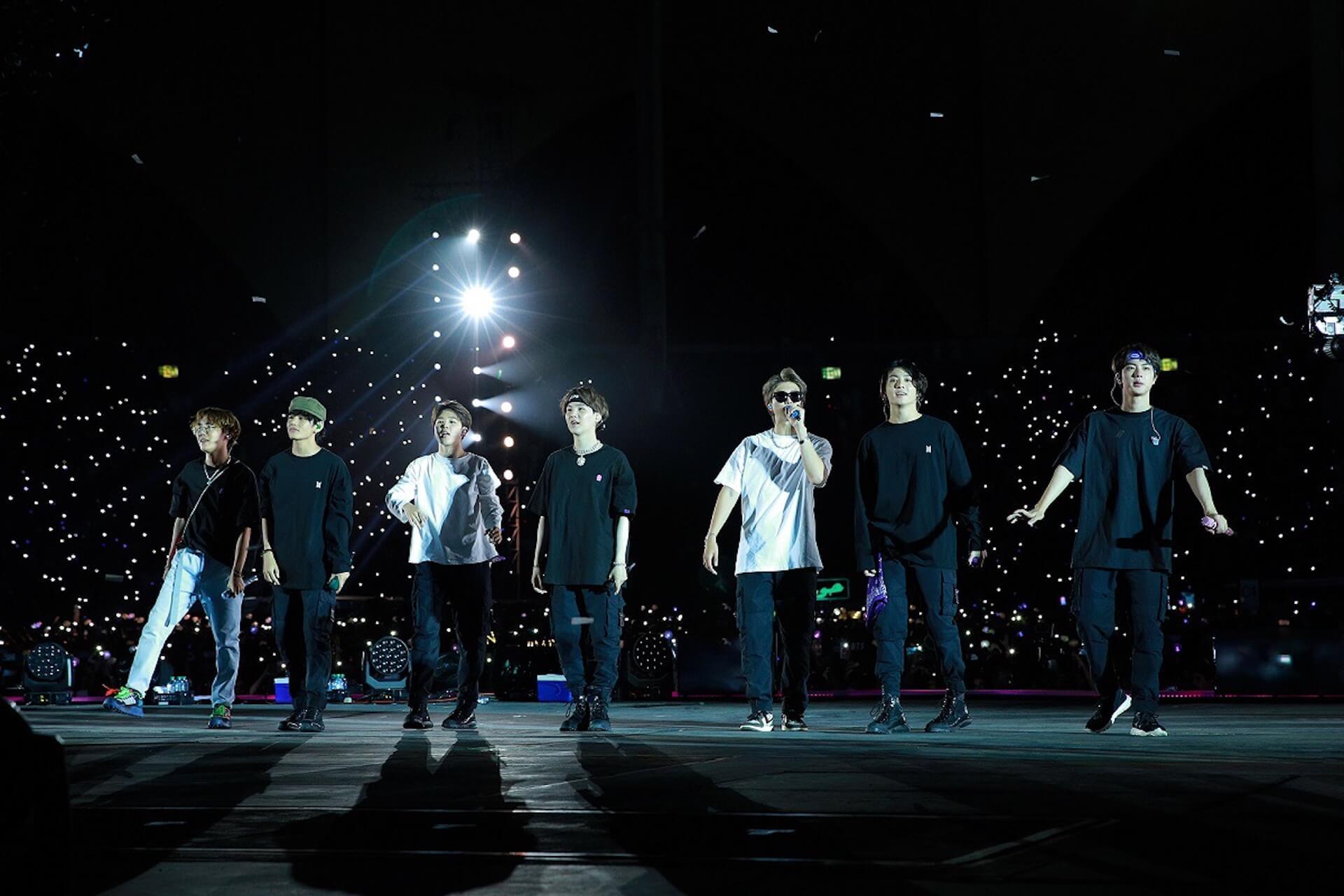 BTS、海外アーティスト初サウジアラビアのスタジアム単独コンサート開催!全世界のファンと一つになった歴史的瞬間 music191011-bts-3