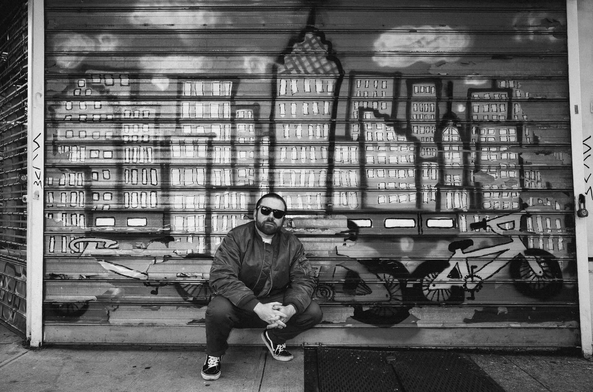 海外のトップクリエイターが注目するニューヨーク発のクリエイティブ集団「PAPERWORK」が日本初上陸 RVCA_MIKEKRIM_ALEXANDERRICHTER-5