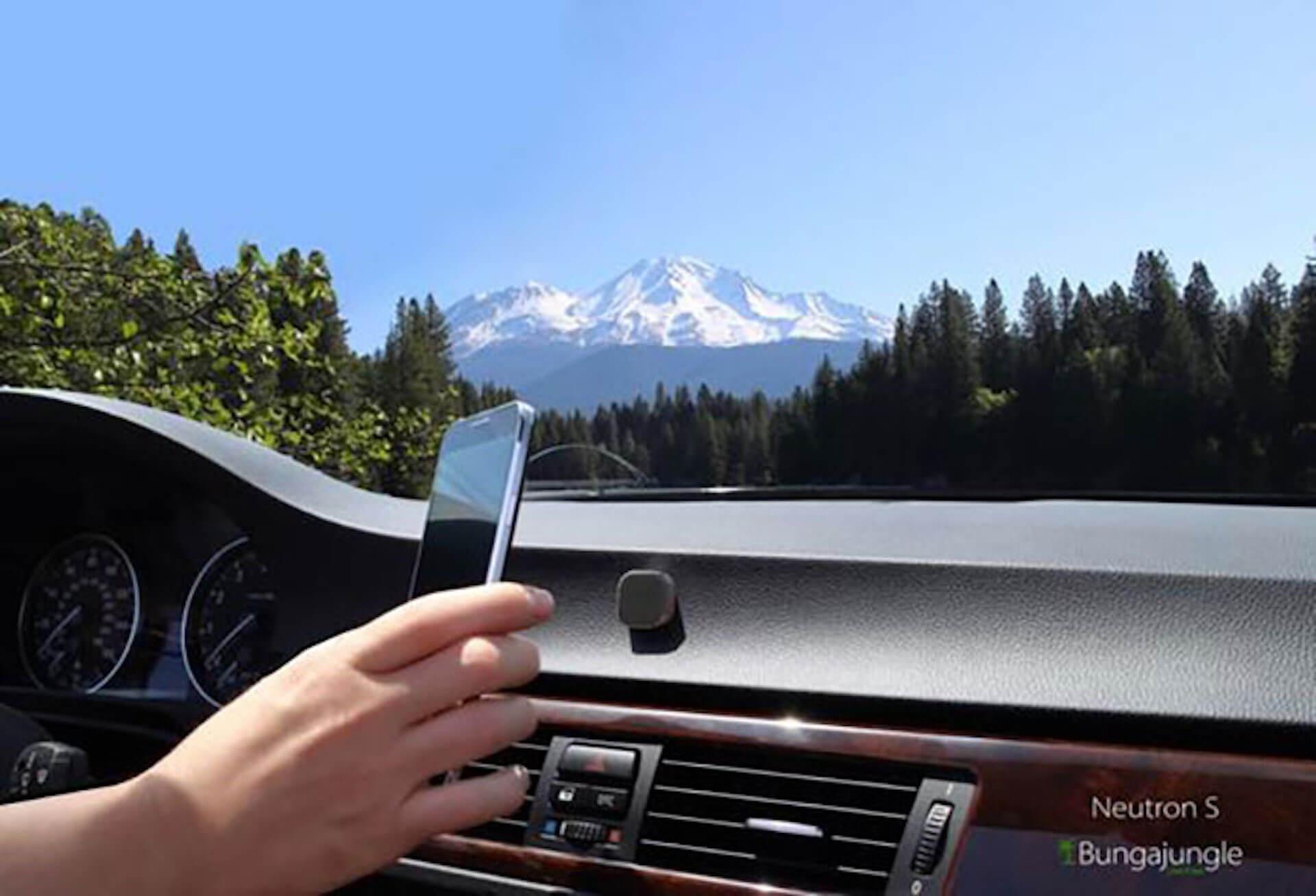 車内インテリアにおすすめ!最先端&便利ガジェットから、おしゃれカー用品まで厳選紹介 2-3