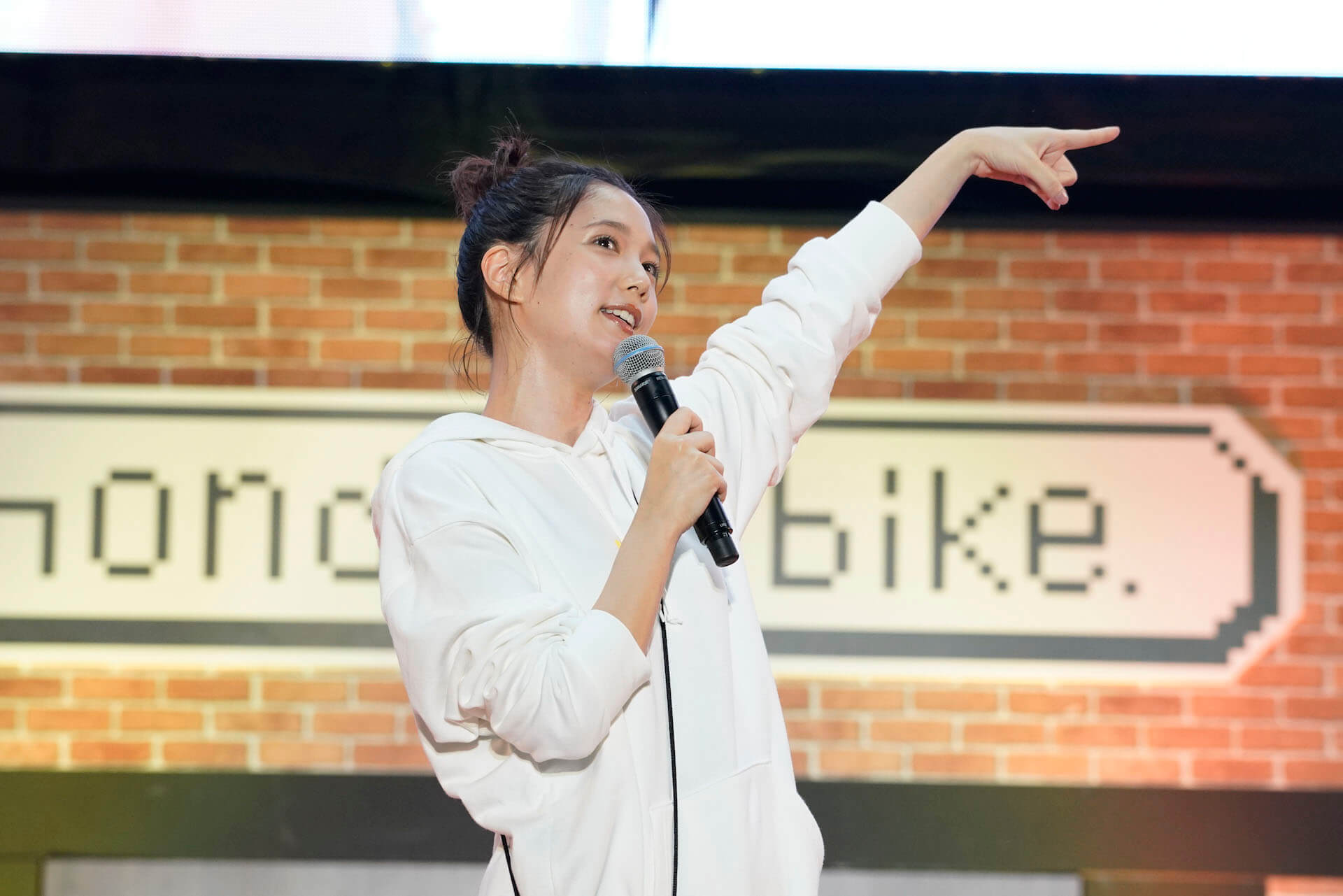本田翼、YouTubeアカウントほんだのばいく開設1周年イベントで大興奮!レポートが到着 art191023_hondanobike_6