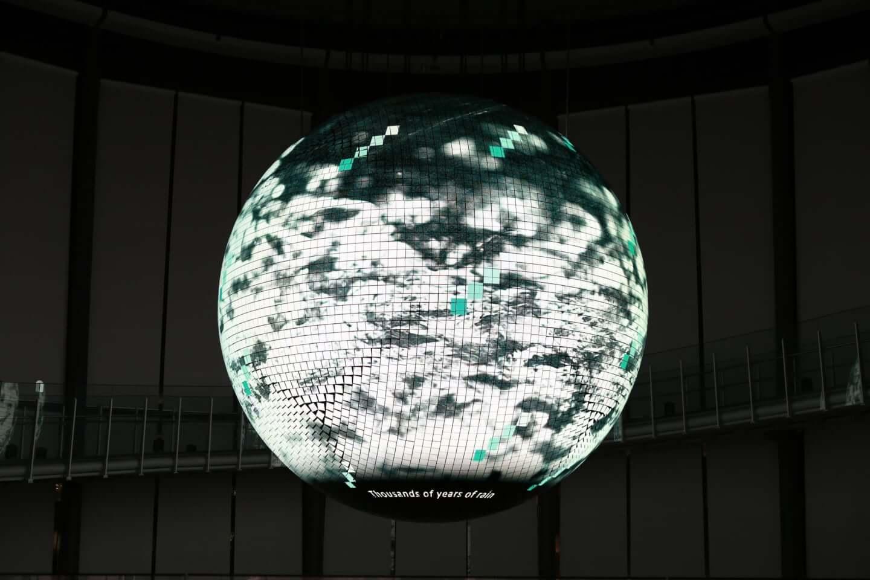日本科学未来館で公開中の新映像作品『未来の地層 Digging the Future』に注目|環ROY & 鎮座DOPENESS + U-zhaanがラップで問いかける? 2d050599dc63526c015b6c7365922568-1440x960