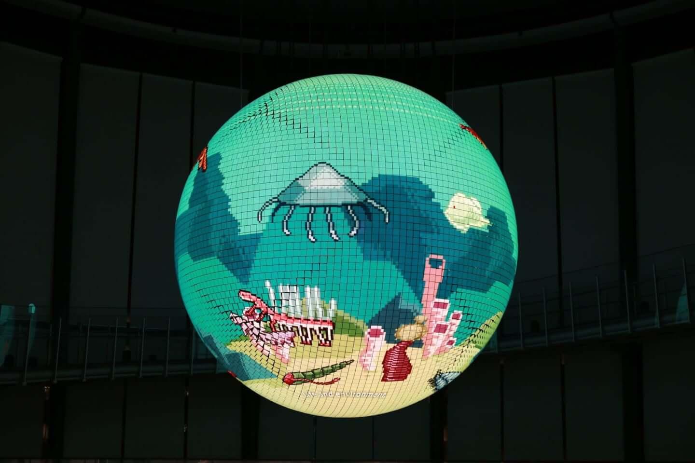 日本科学未来館で公開中の新映像作品『未来の地層 Digging the Future』に注目|環ROY & 鎮座DOPENESS + U-zhaanがラップで問いかける? art191001_diggingthefuture_1-1440x960