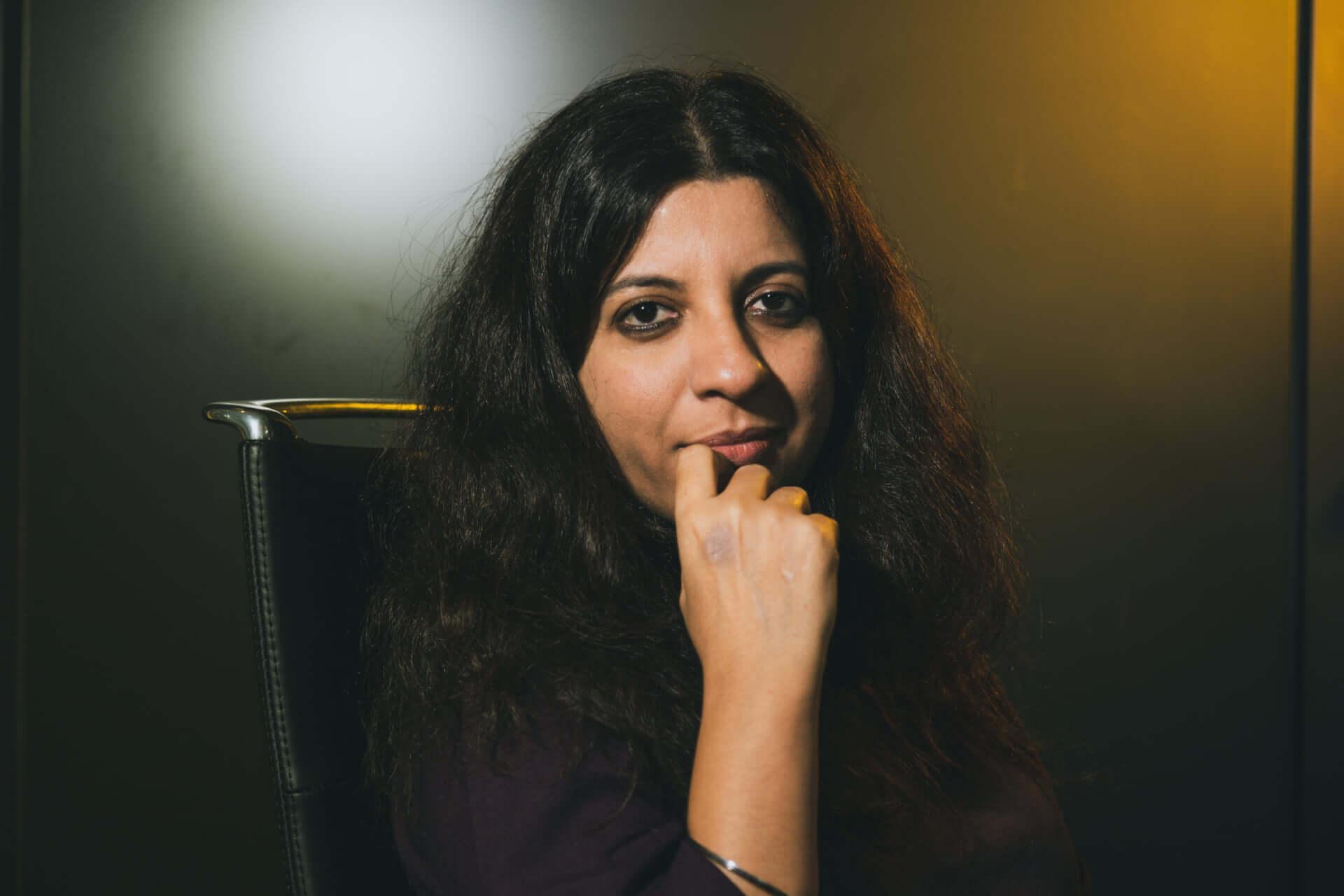 映画『ガリーボーイ』ゾーヤー・アクタル監督インタビュー|インドで誰もが共感するヒップホップ映画が誕生するまで interview1002_garryboy_3283-1920x1280
