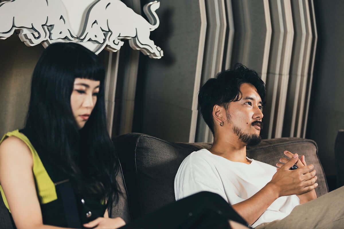 長塚健斗(WONK)&MALIYA対談|二人にとってのジ・インターネットという存在とは? interview181109_wonk-internet_08-1200x800