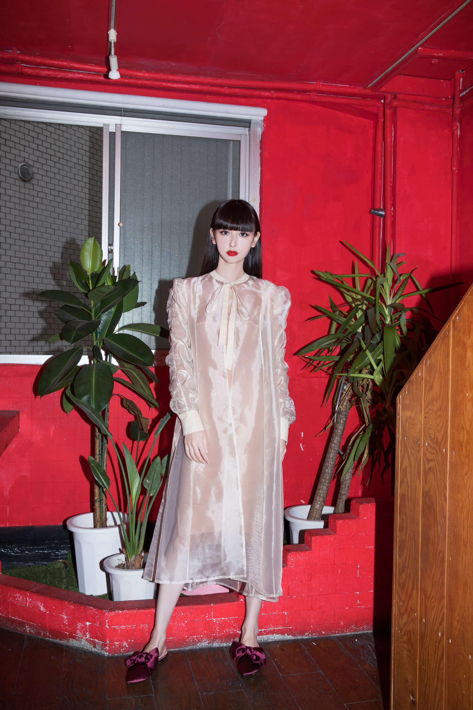 Amazon Fashionの新プログラム「The Drop」から鈴木えみが手がけるコレクションがローンチ!デザイナーとしての素顔に迫る interview1008_emisuzuki_0428-1920x2880