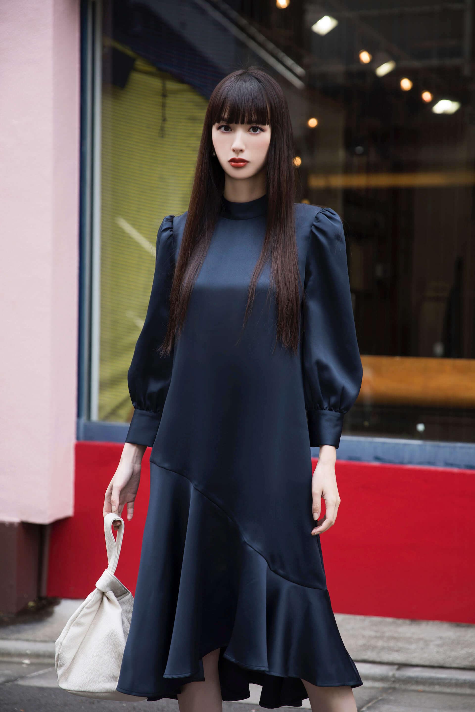 Amazon Fashionの新プログラム「The Drop」から鈴木えみが手がけるコレクションがローンチ!デザイナーとしての素顔に迫る interview1008_emisuzuki_0528-1920x2880