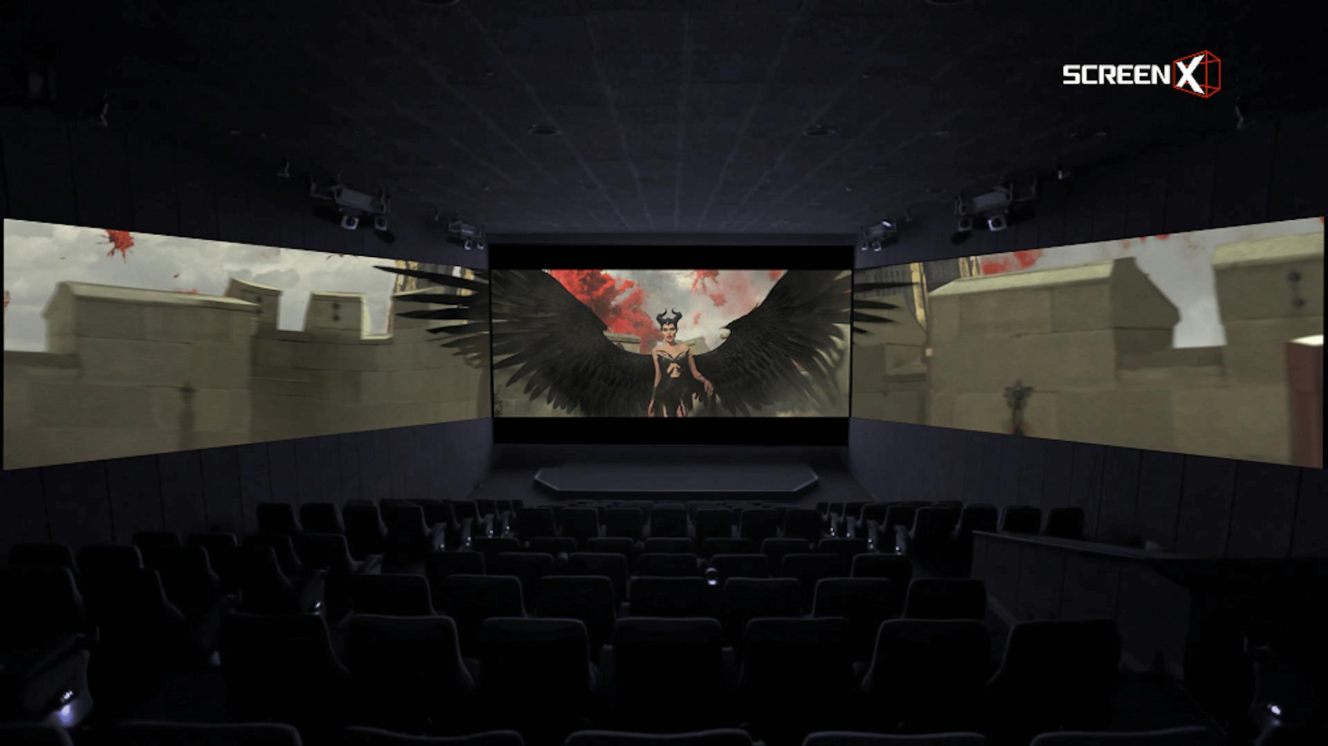 """新次元の上映システム""""ScreenX""""で、マレフィセントと大空へ!『マレフィセント2』公開に先駆け、ScreenX版・特別映像が到着 film191015_-Maleficent2_04"""