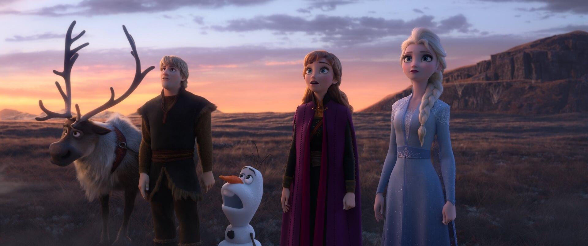 """オラフの""""新事実""""が発覚!?エルサ、アナ達がジェスチャーゲームをする『アナと雪の女王2』本編映像が初解禁 film191119_frozen2_1"""