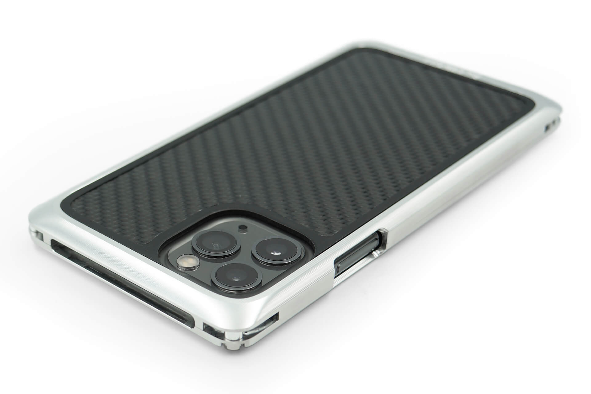 航空機にも使われる強固なジュラルミン素材を使用したiPhone 11Pro/11Pro Max用ケースが新発売! FACTRON_iPhone11Pro_SIMPLEX_02