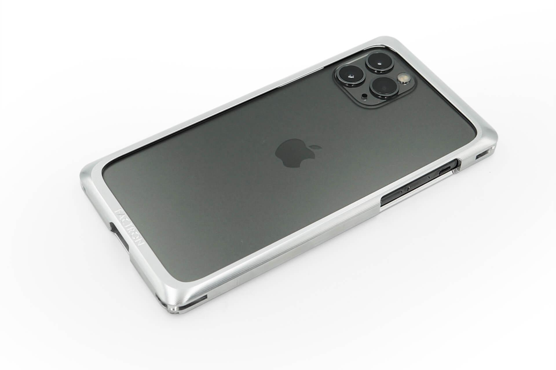 航空機にも使われる強固なジュラルミン素材を使用したiPhone 11Pro/11Pro Max用ケースが新発売! FACTRON_iPhone11Pro_SIMPLEX_04