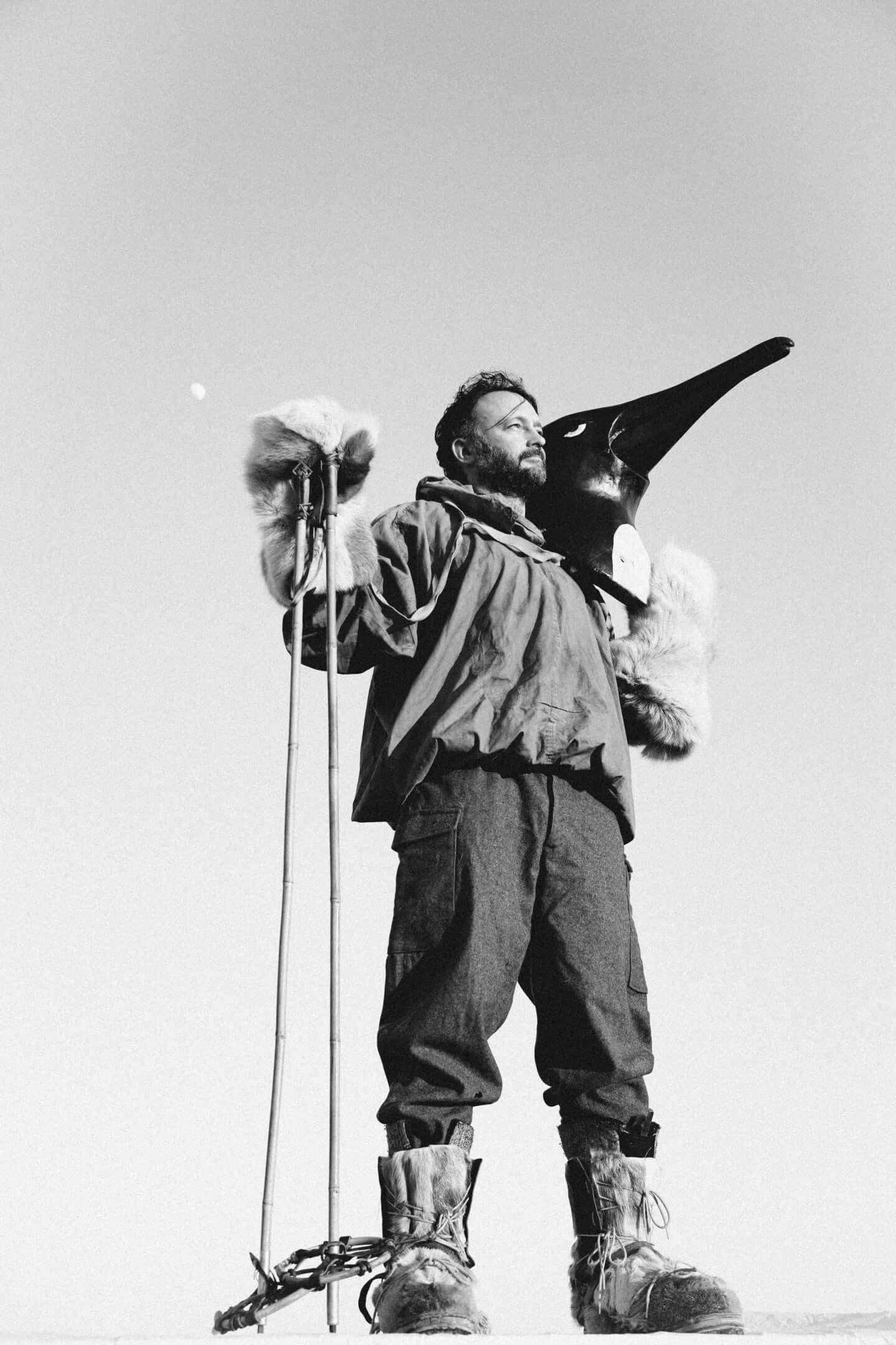 Penguin Cafeインタビュー|南極のペンギン達に捧げた新作『Handfuls Of Night』の世界観を紐解く interview_penguincafe_artist_3-1440x2160