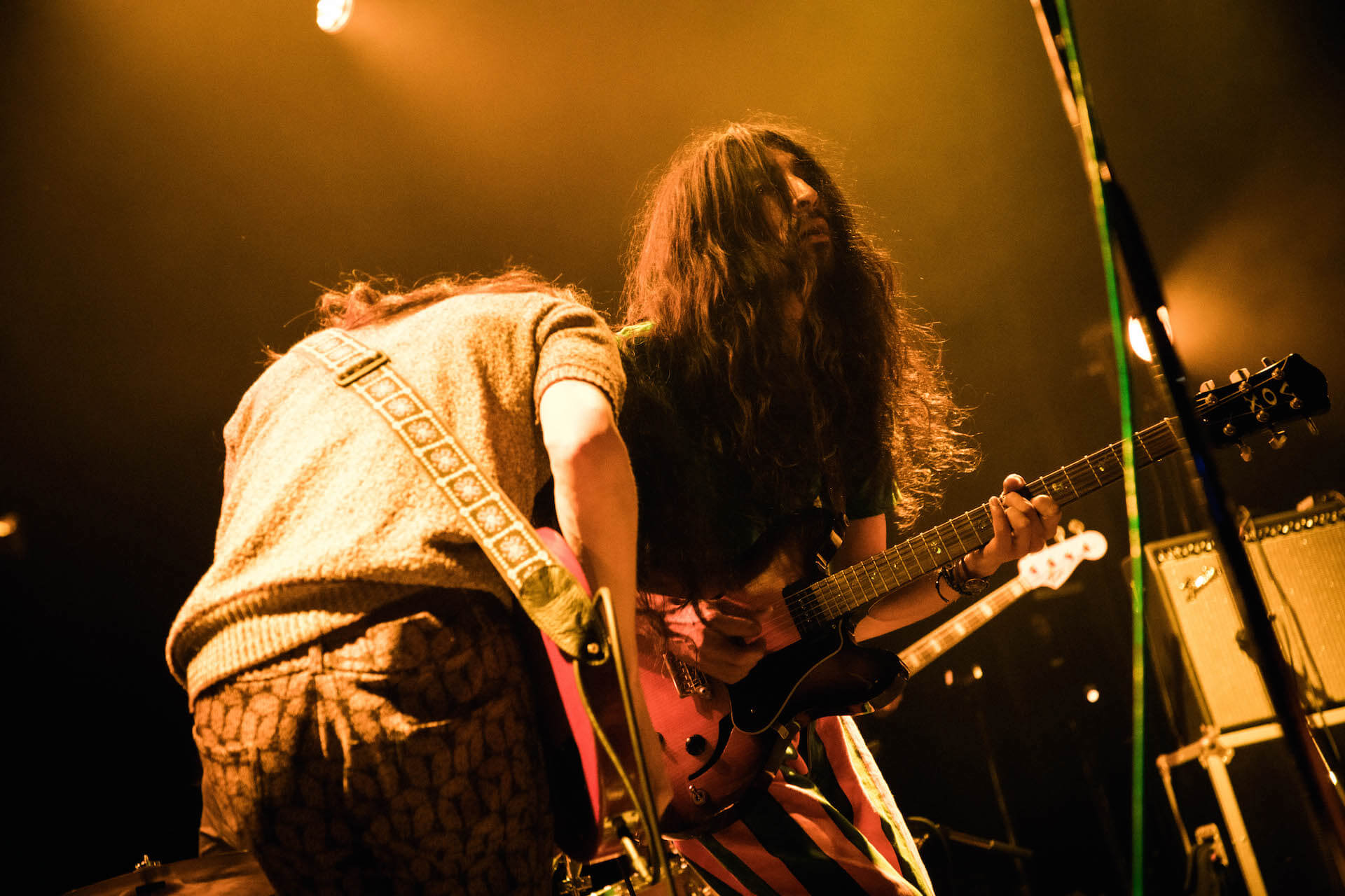 世界を旅するバンドが魅せるサイケデリアのまどろみ 幾何学模様 × OGRE YOU ASSHOLE ライブレポート music191103-kikagakumoyo-ogreyouasshole-11