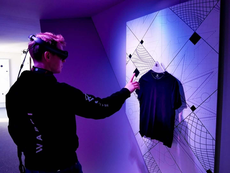 『スター・ウォーズ』の世界観をAR体験&Tシャツプリントできる!H&M原宿店で<リデザイン・ラボ>開催 lf191209_hmstarwarsar_01-1440x1082