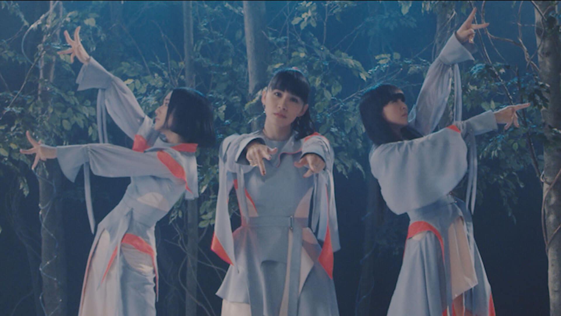 Perfume、映画『屍人荘の殺人』主題歌「再生」のMVを公開!15年間のMVすべての映像を使用したリップシンクに注目 music191213_perfume_mv_3