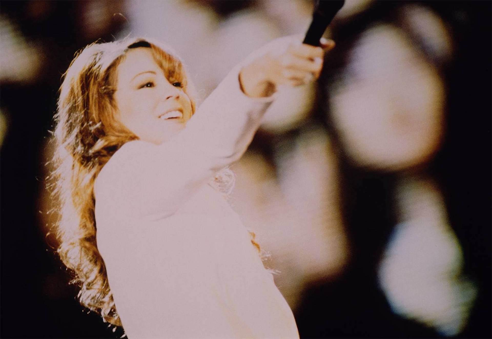 マライア・キャリー「恋人たちのクリスマス」が発売から25年を経て全米シングル・チャート初の1位を獲得|ホリデー・ソングがチャート首位を獲得するのは史上初 music191217-mariah-carey-2