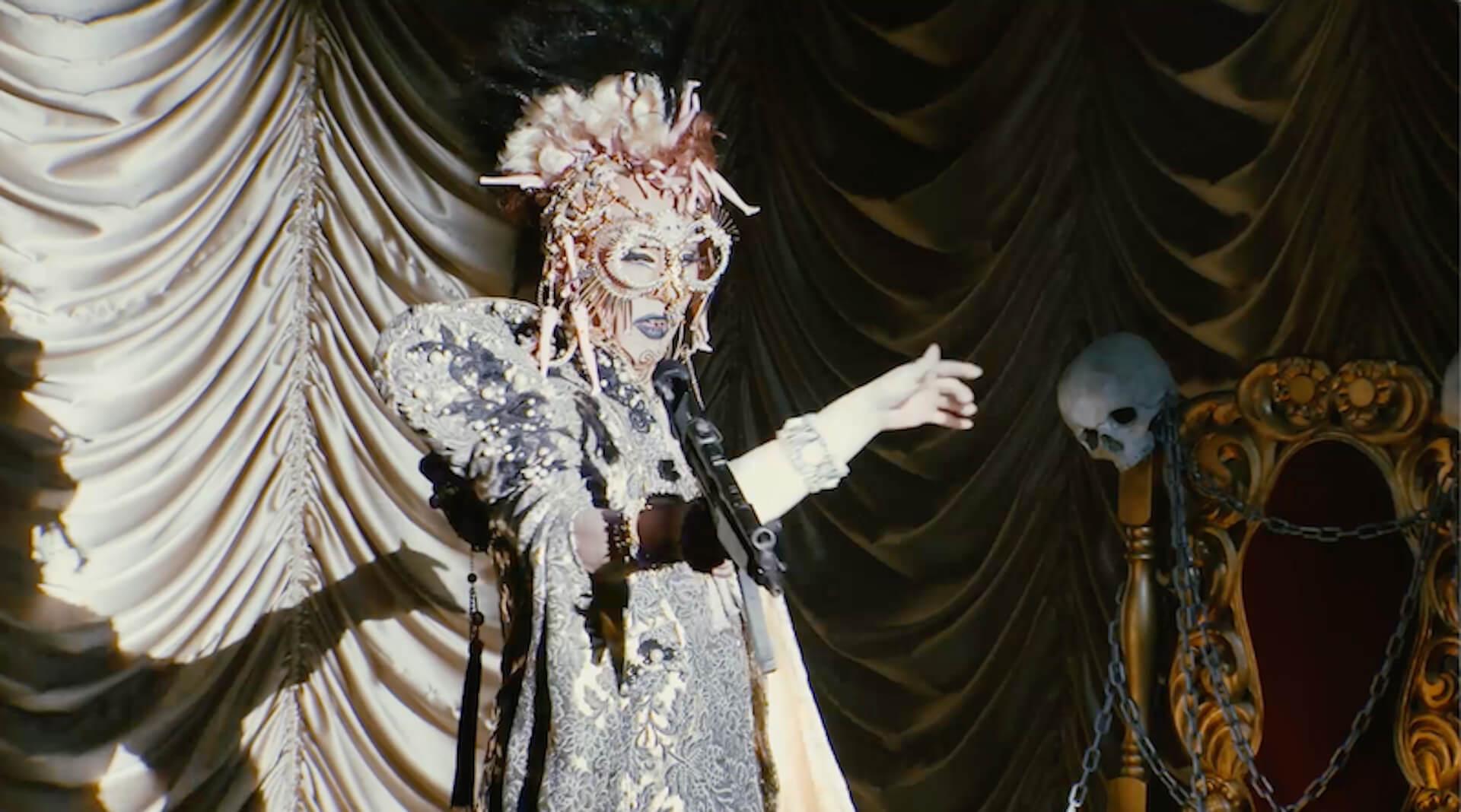 ももクロ、スーツ姿で決めるプレミアムライブのティーザー映像第2弾が解禁!メンバーによるオーディオコメンタリーも収録決定 music191219_momokuro_6