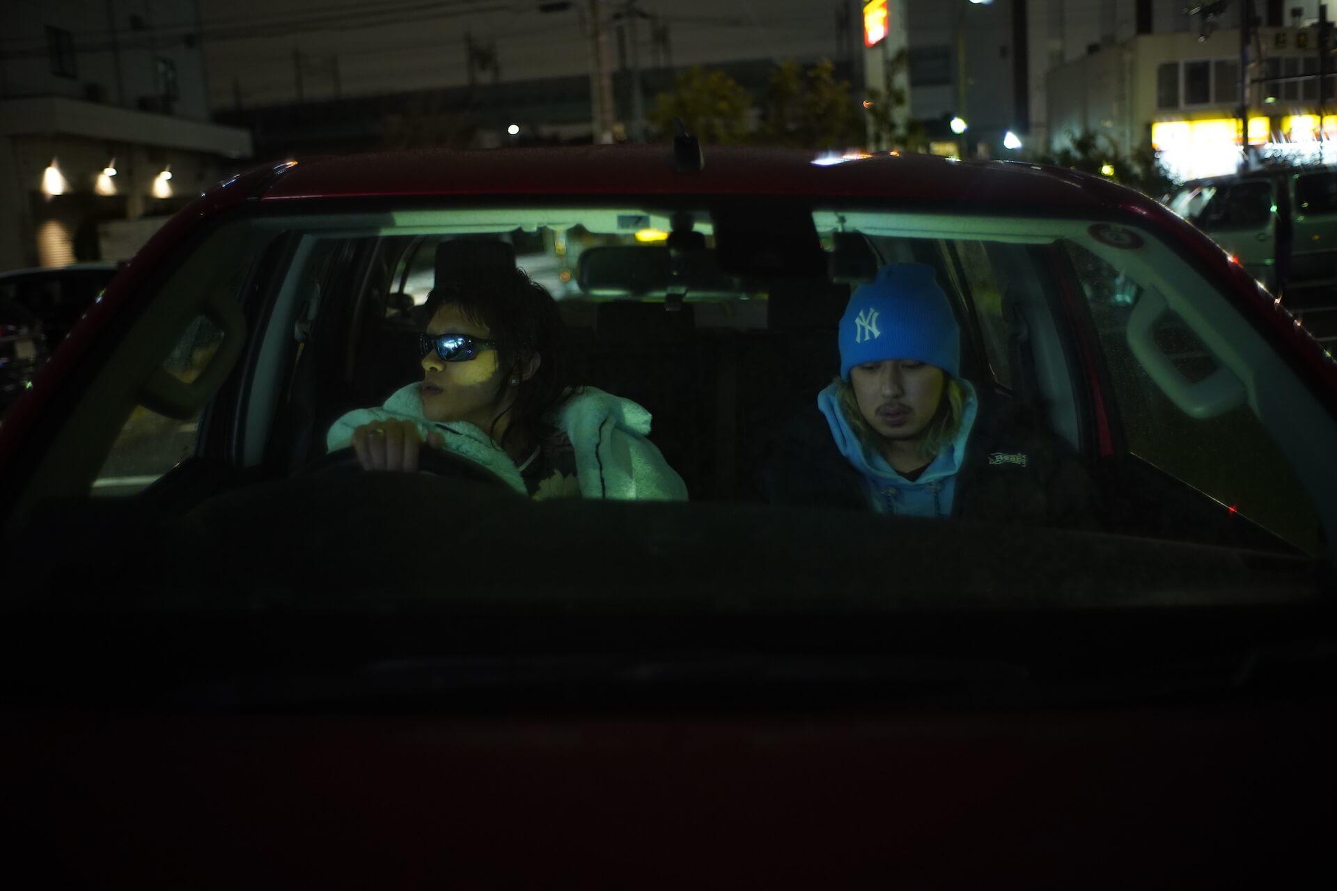Tohjiがトヨタ・ハイラックスでドライブ対談する映像が今夜スペースシャワーTV&YouTubeで解禁 対談相手はMURVSAKI music191224_tohji_drive_main