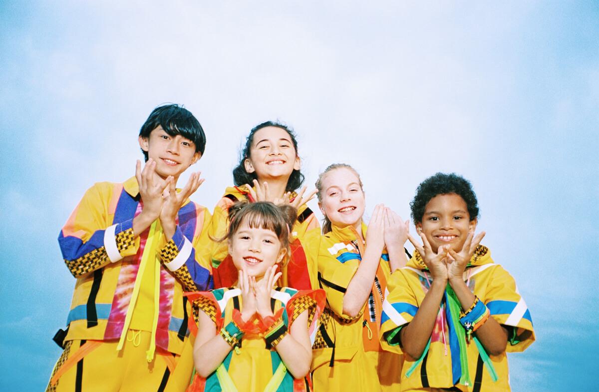 世界各地で子供たちがパプリカ!Foorin team E「Paprika」World Videoがついに公開 music200120_paprika_mv_3