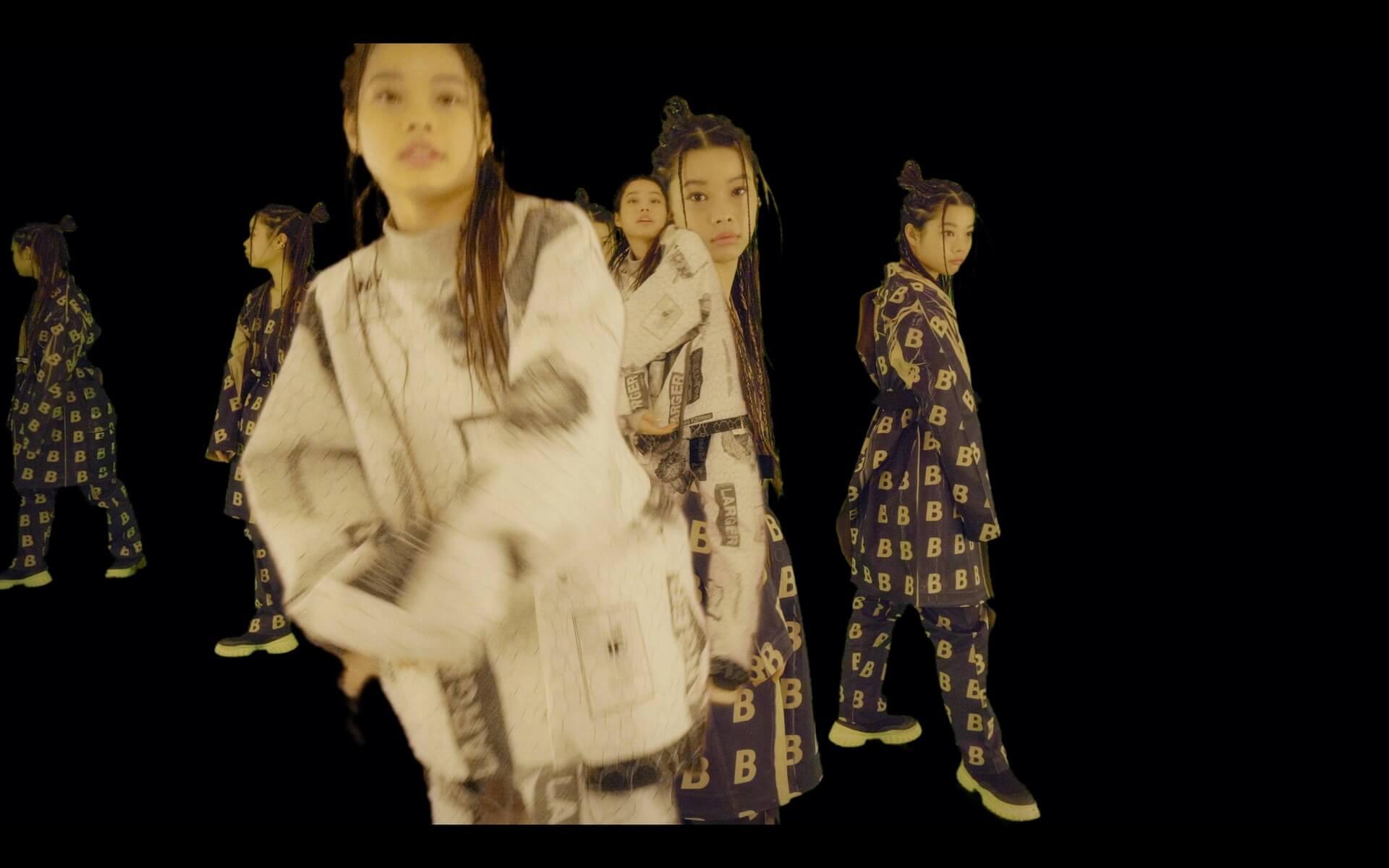 """xiangyuがひじの痛みを連呼する""""ひじのビリビリ""""デジタルリリース&xiangyuが増殖するMVも公開! music200124_hijinobiribiri_01"""