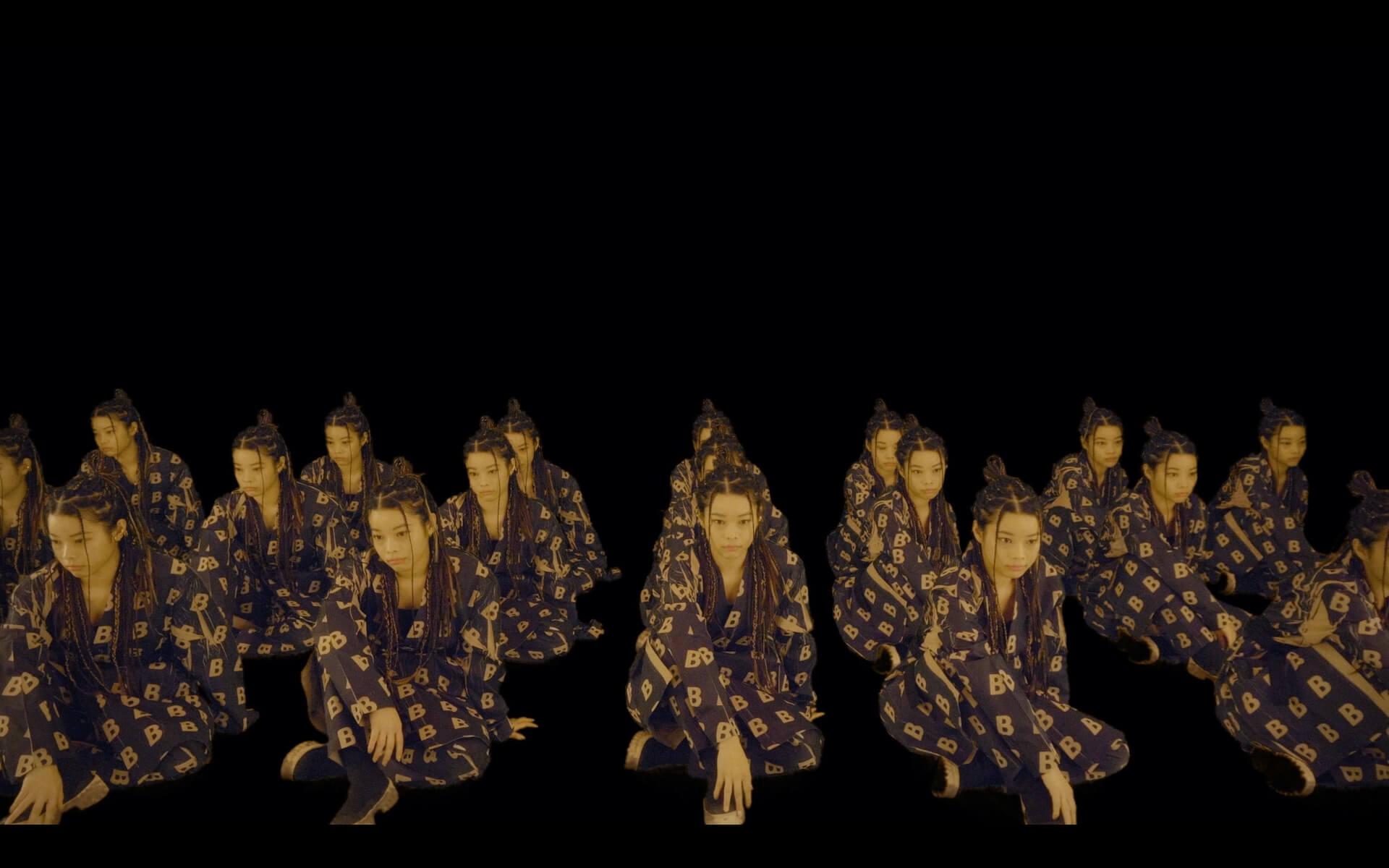 """xiangyuがひじの痛みを連呼する""""ひじのビリビリ""""デジタルリリース&xiangyuが増殖するMVも公開! music200124_hijinobiribiri_02"""