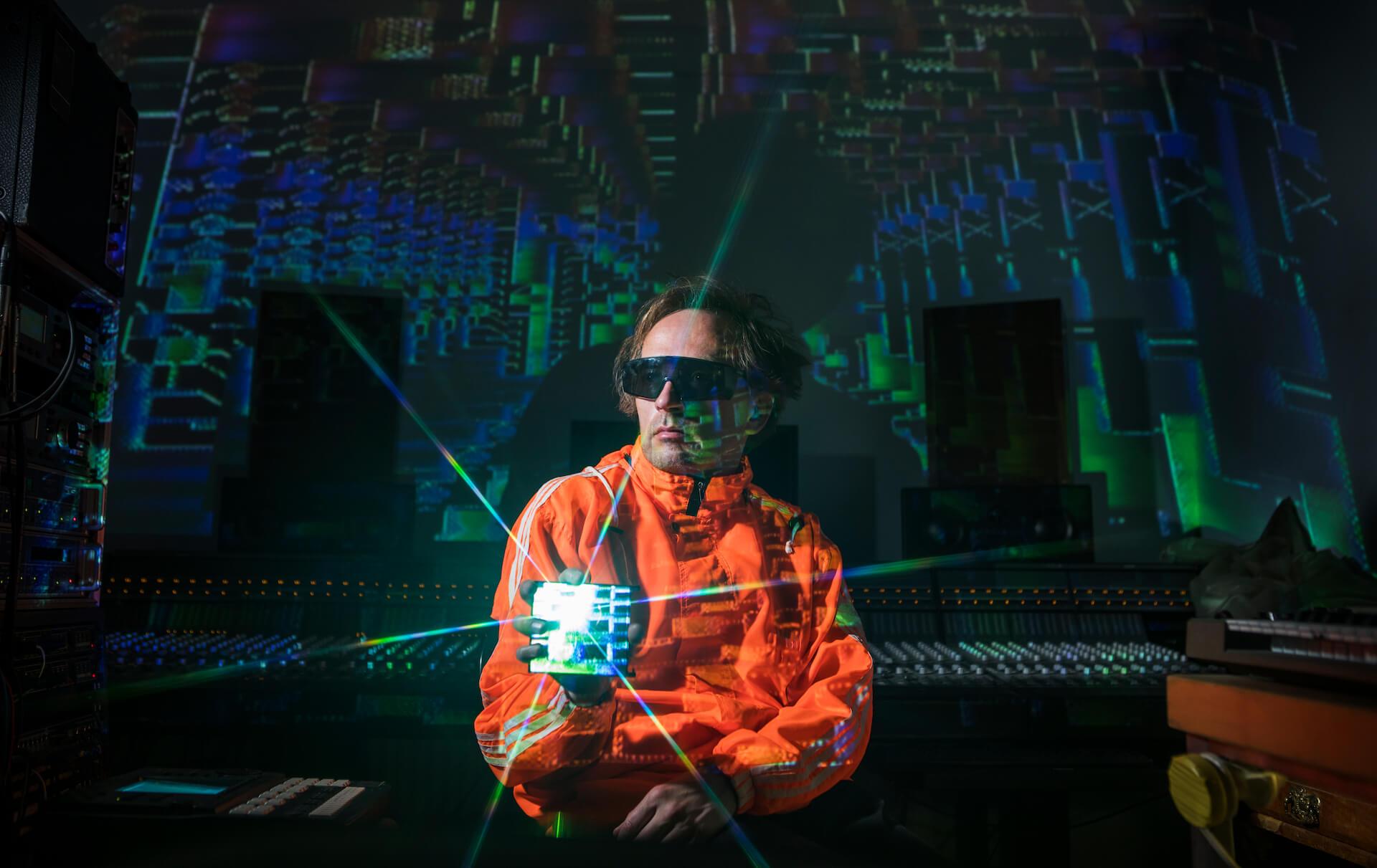 スクエアプッシャー『BE UP A HELLO』リリース前夜祭がタワレコ渋谷で開催決定!真鍋大度、mito、たなしんのトークライブも music200128_squarepusher_1