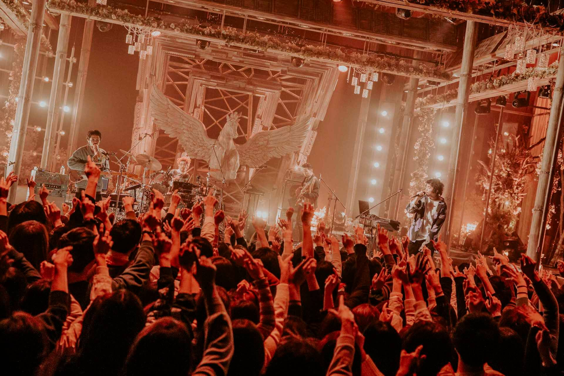 King Gnu「傘」「The hole」を地上波初披露!来週『Love music』特別番組放送決定 music200203_kinggnu_4
