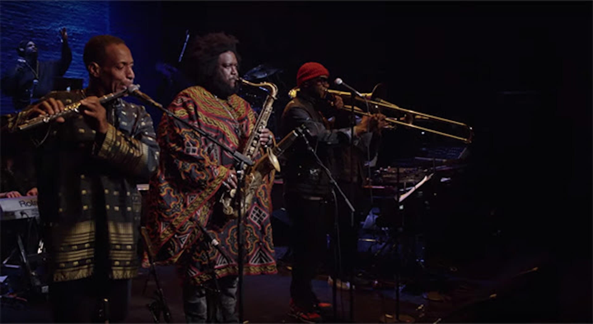 カマシ・ワシントン、ドキュメンタリー映画『Kamasi Washington Live at The Apollo Theater』をAmazon Primeで公開 music200204_kamasiwashinton_1