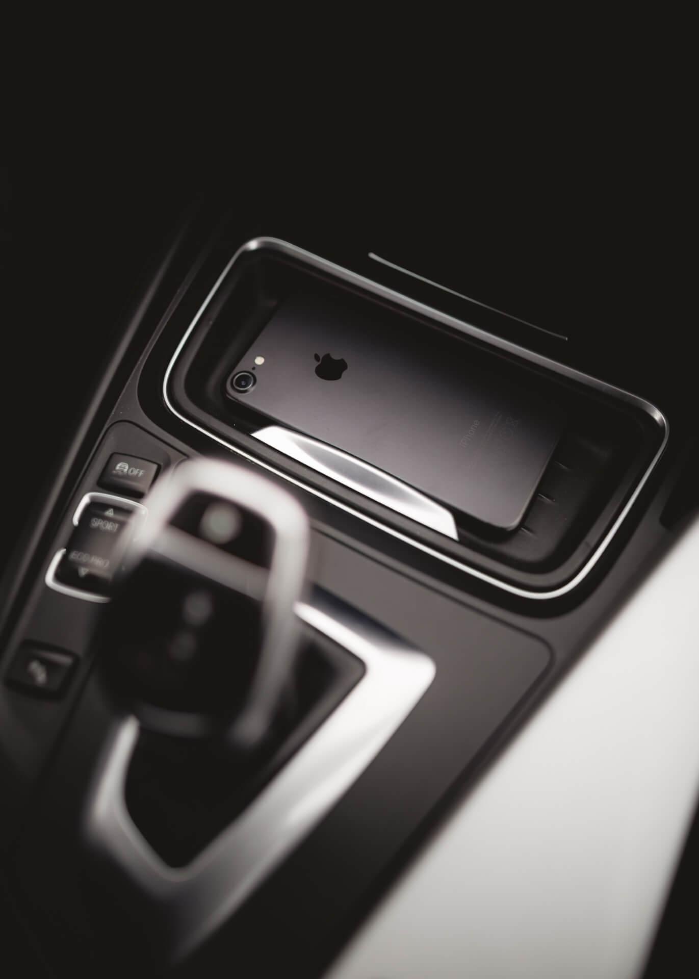 iPhone、Apple Watchが車の鍵に変わる!?iOS 13.4ベータ版で新機能「CarKey」のフレームワークが追加 tech200207_iphone_ios_1
