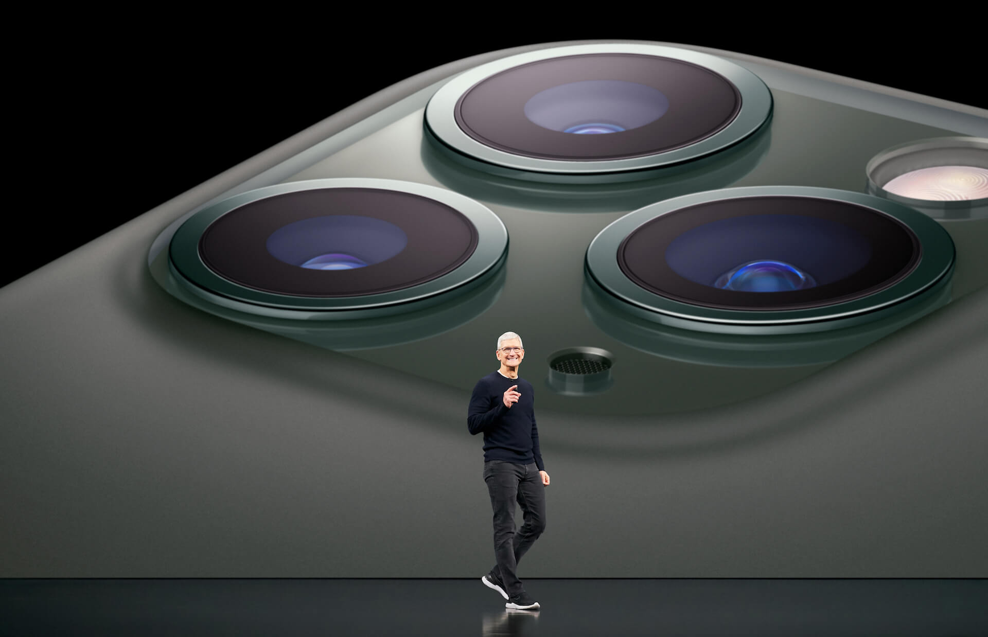 Apple、新型iPhoneを3月末に発表?4月3日に発売か|シザー式キーボード採用のMacBookなども登場? tech200218_apple_iphone_1
