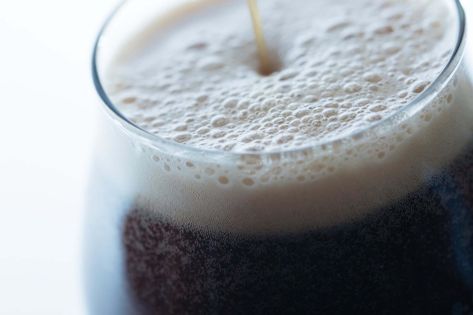 豊かで滋味深い風味!コオロギを原料に使用した世界初のクラフトビール『コオロギビール』が渋谷パルコにて期間限定販売 gourmet200220_cricketdarkale_5-1920x1280