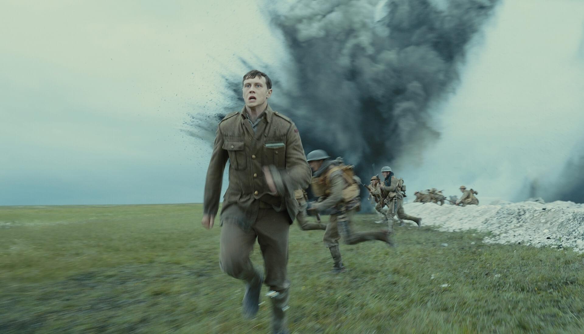 『1917 命をかけた伝令』でアカデミー賞を受賞したロジャー・ディーキンスと監督サム・メンデスが語るワンカット撮影のこだわりとは? film200220_1917maiking_15