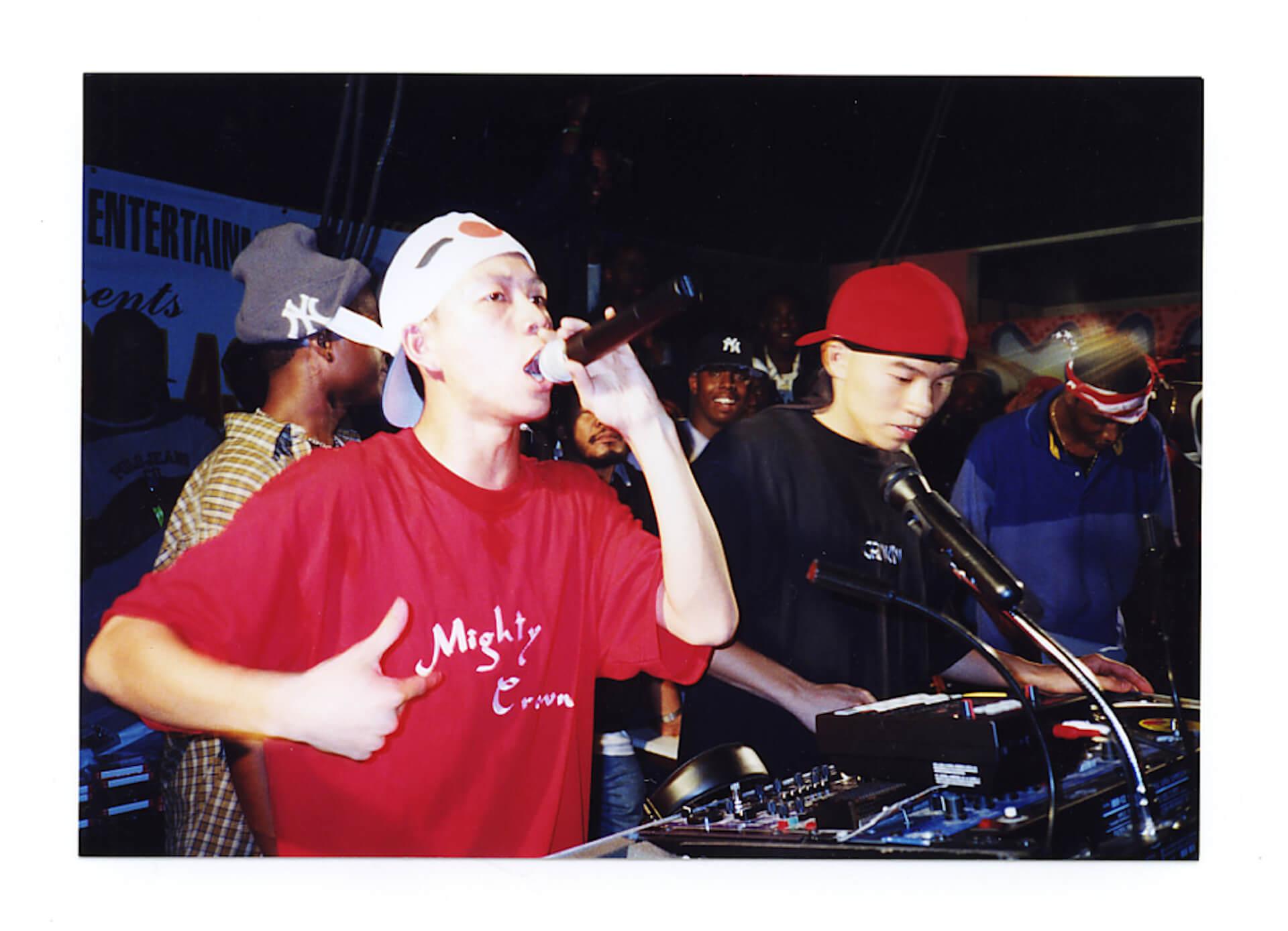 """日本のレゲエシーンを牽引してきたサウンドシステムクルーMighty Crownが""""越えて""""きた世界 interview200221_at_mightycrown_3"""