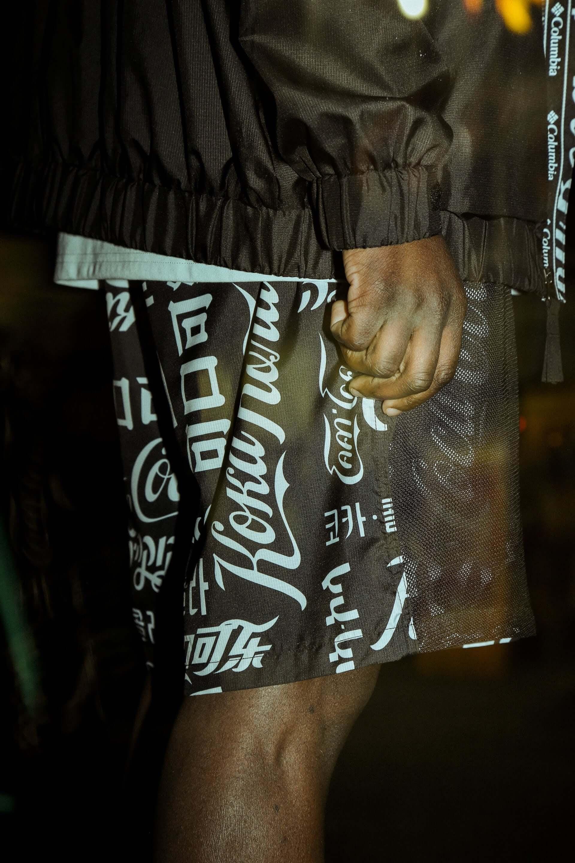 ATMOS LAB×Coca-Cola×Columbiaのトリプルコラボが実現!国際的総柄デザインのナイロンジャケットやウエストバッグが発売決定 life200226_atmos_19-1920x2880